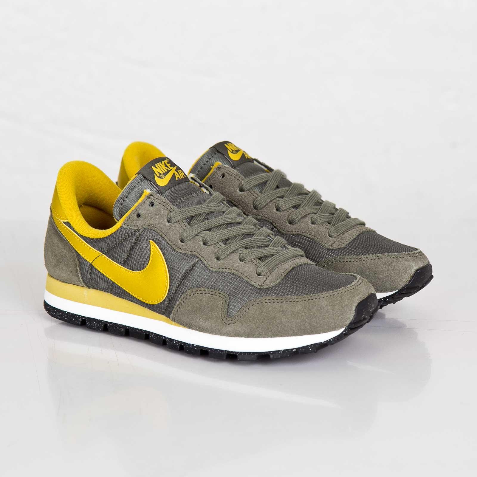 Nike Wmns Air Pegasus ´83 - 407477-304