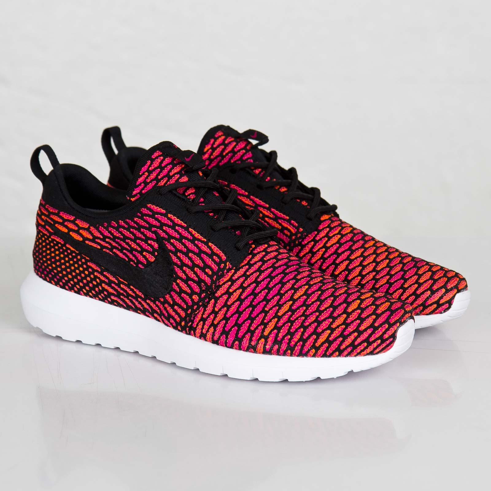 739ad60416cb Nike Flyknit Roshe Run - 677243-004 - Sneakersnstuff