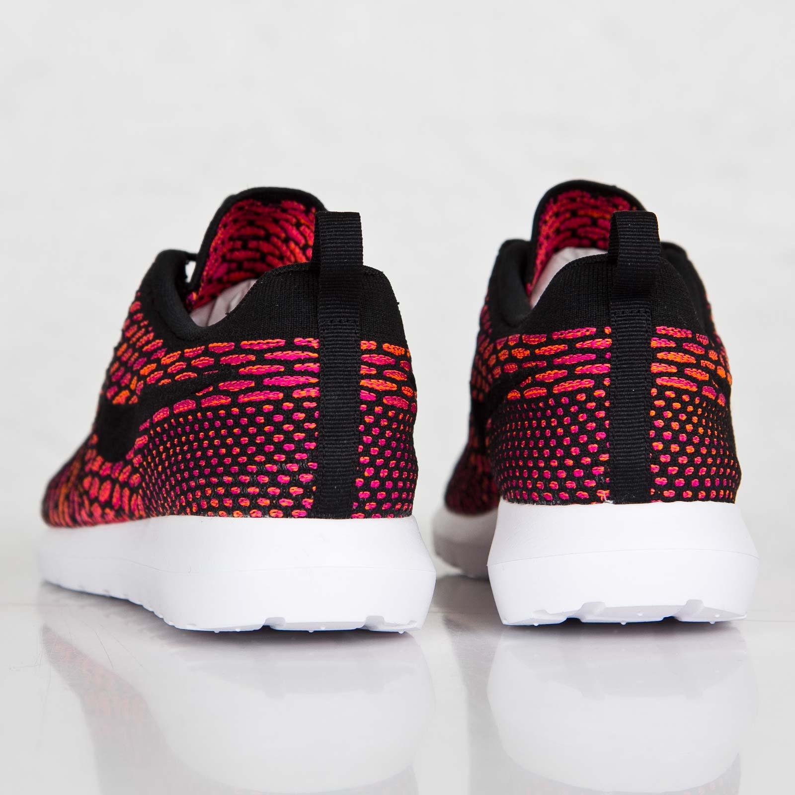 low priced 6d855 6a5d5 Nike Flyknit Roshe Run - 677243-004 - Sneakersnstuff   sneakers    streetwear online since 1999