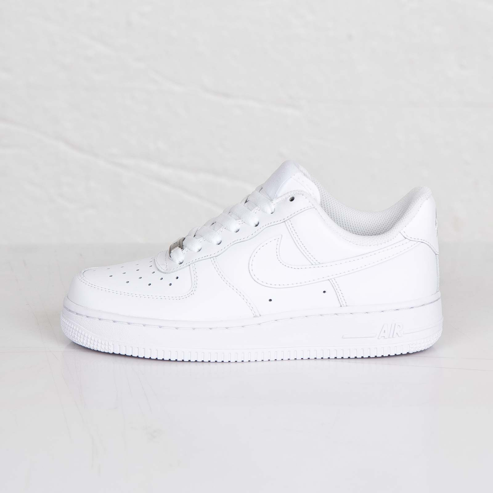 ... Nike Wmns Air Force 1 07 ...