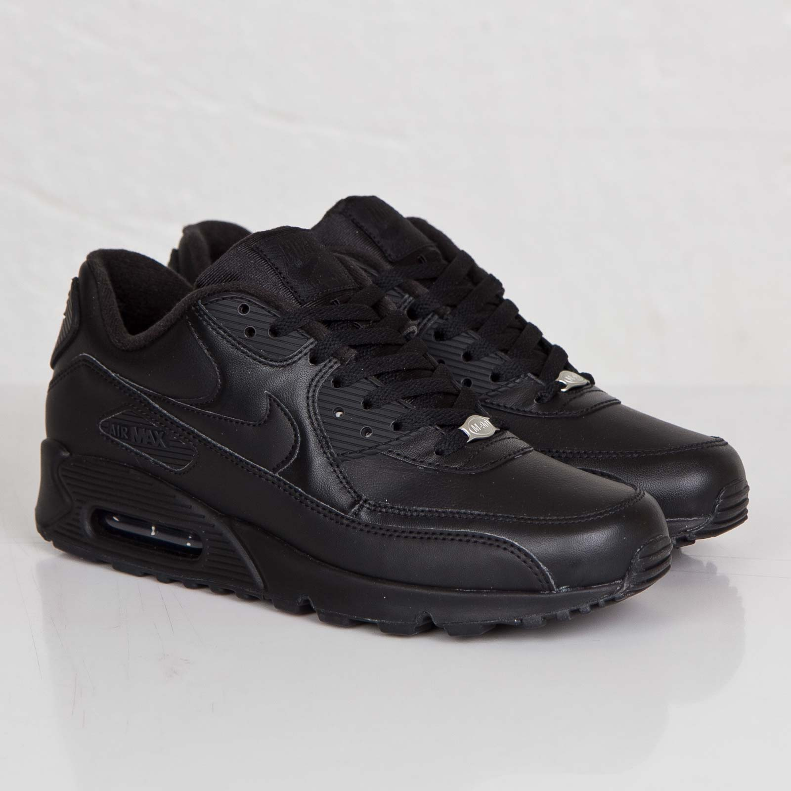 Nike Air Max 90 Leather 302519 001 Sneakersnstuff