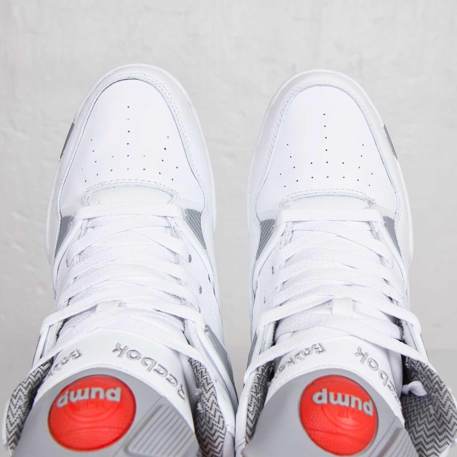Reebok Pump Omni Zone - J19440 - Sneakersnstuff  8415ce76b