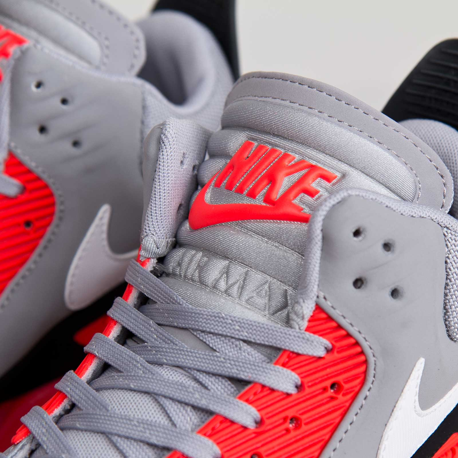 Nike Air Max 90s Sneakerboot Ice Wolf Grey Infrared
