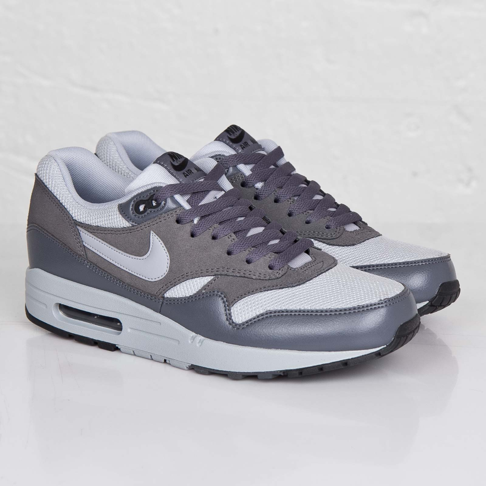 innovative design 9ce81 0df7d Nike Air Max 1 Essential