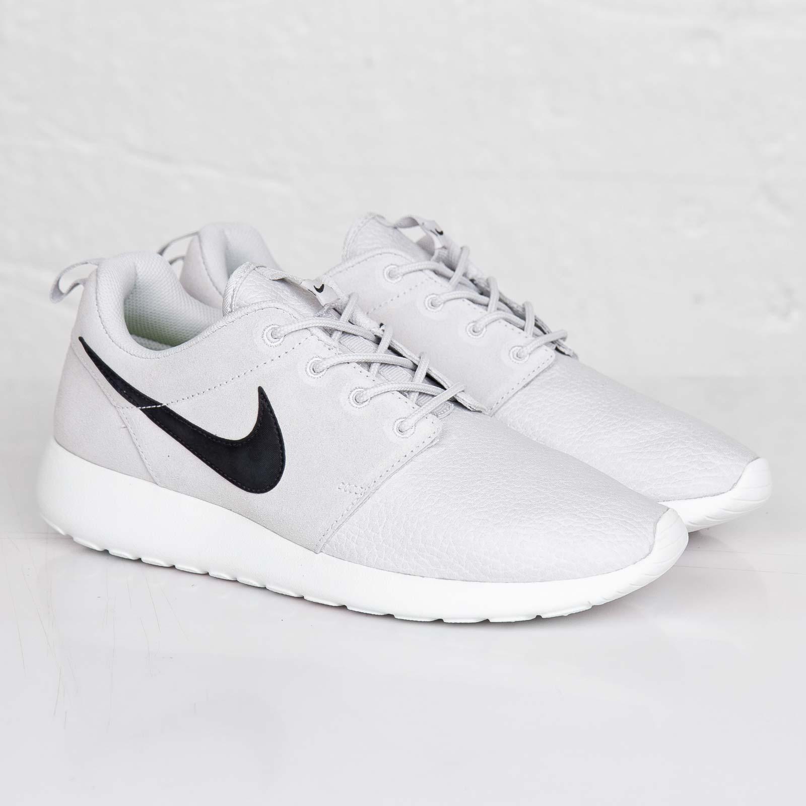 Nike Roshe Run Light Ash Grey 10 - - Sneaker