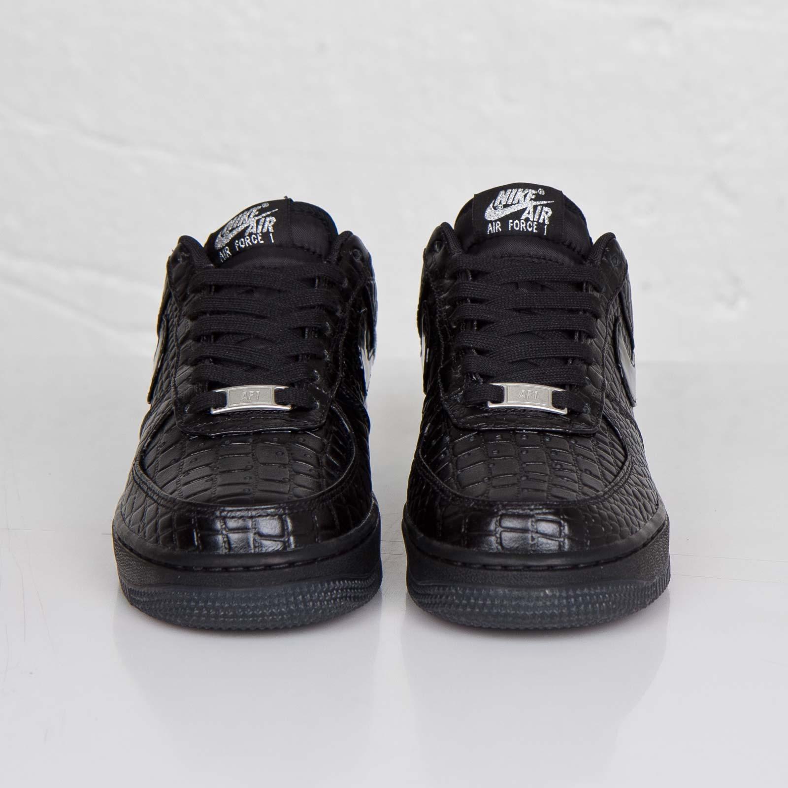 buy popular 1dca5 aaee0 Nike Wmns Air Force 1 07 Premium - 616725-002 - Sneakersnstuff   sneakers    streetwear online since 1999