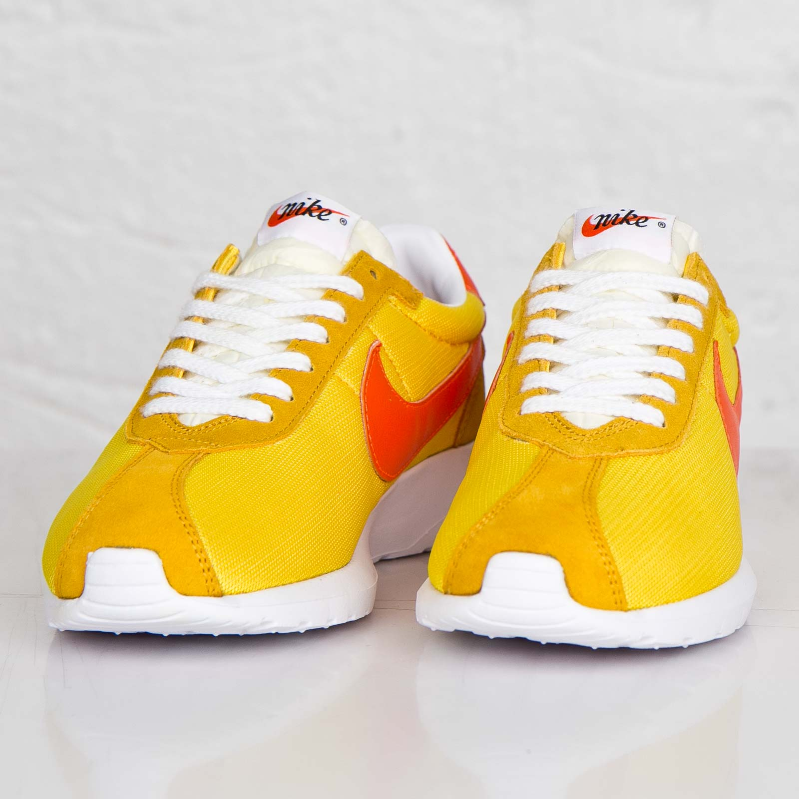 NIKE Air Roshe ld1000 SP 44.5 Varsity Maize/sfty ORNGWhite