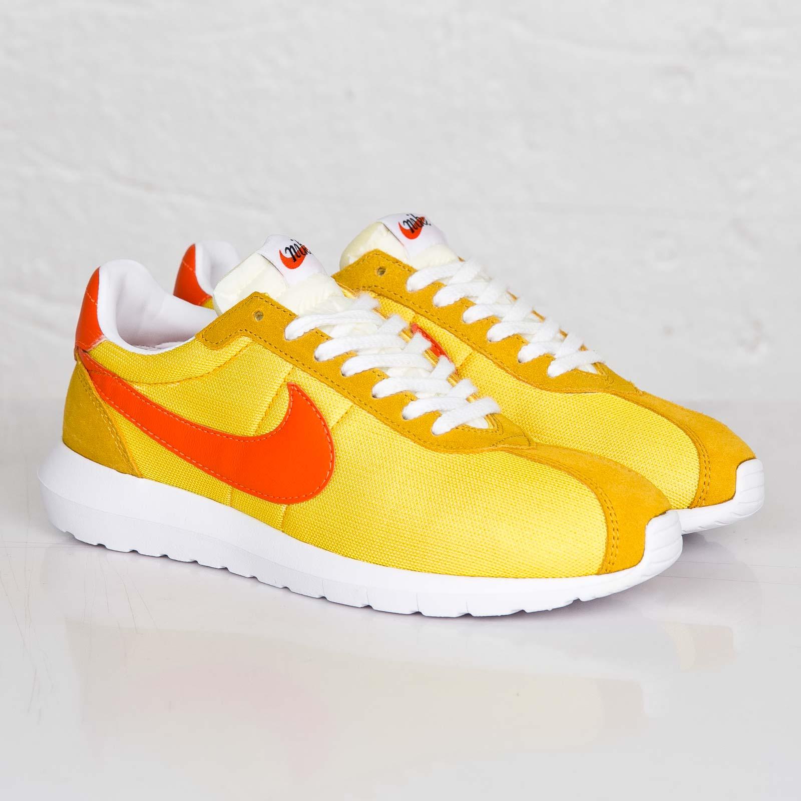 f7eb7c77a9e44 Nike Roshe ld-1000 SP   Fragment - 709657-781 - Sneakersnstuff ...