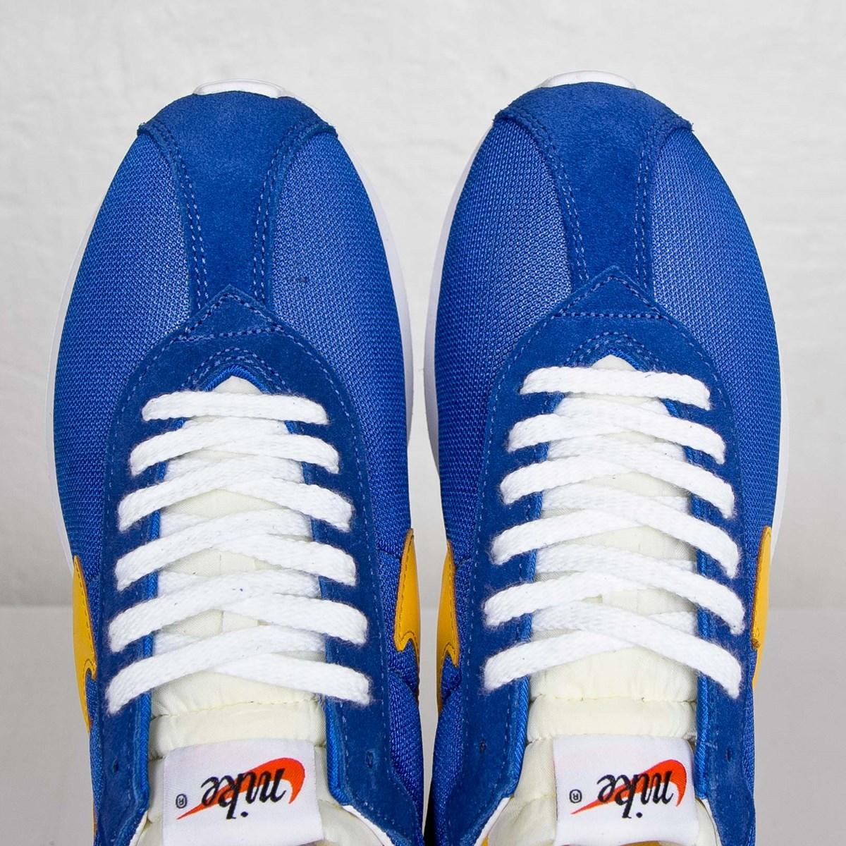 3111be65e2d5 Nike Roshe ld-1000 SP   Fragment - 709657-471 - Sneakersnstuff ...