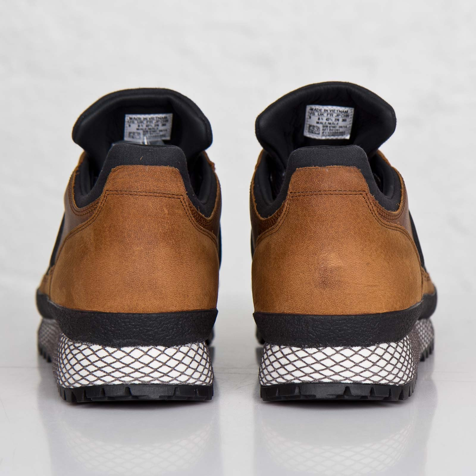 new products 8ac68 56b44 adidas TS Runner - Barbour - B41241 - Sneakersnstuff ...
