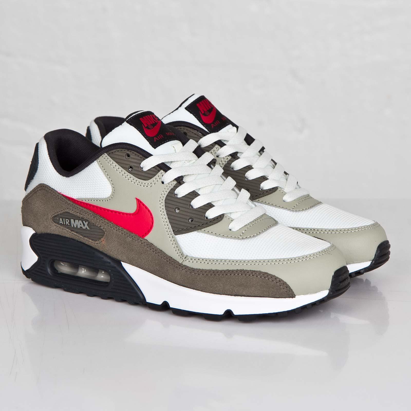 Nike Air Max 90 Essential 537384 119 Sneakersnstuff