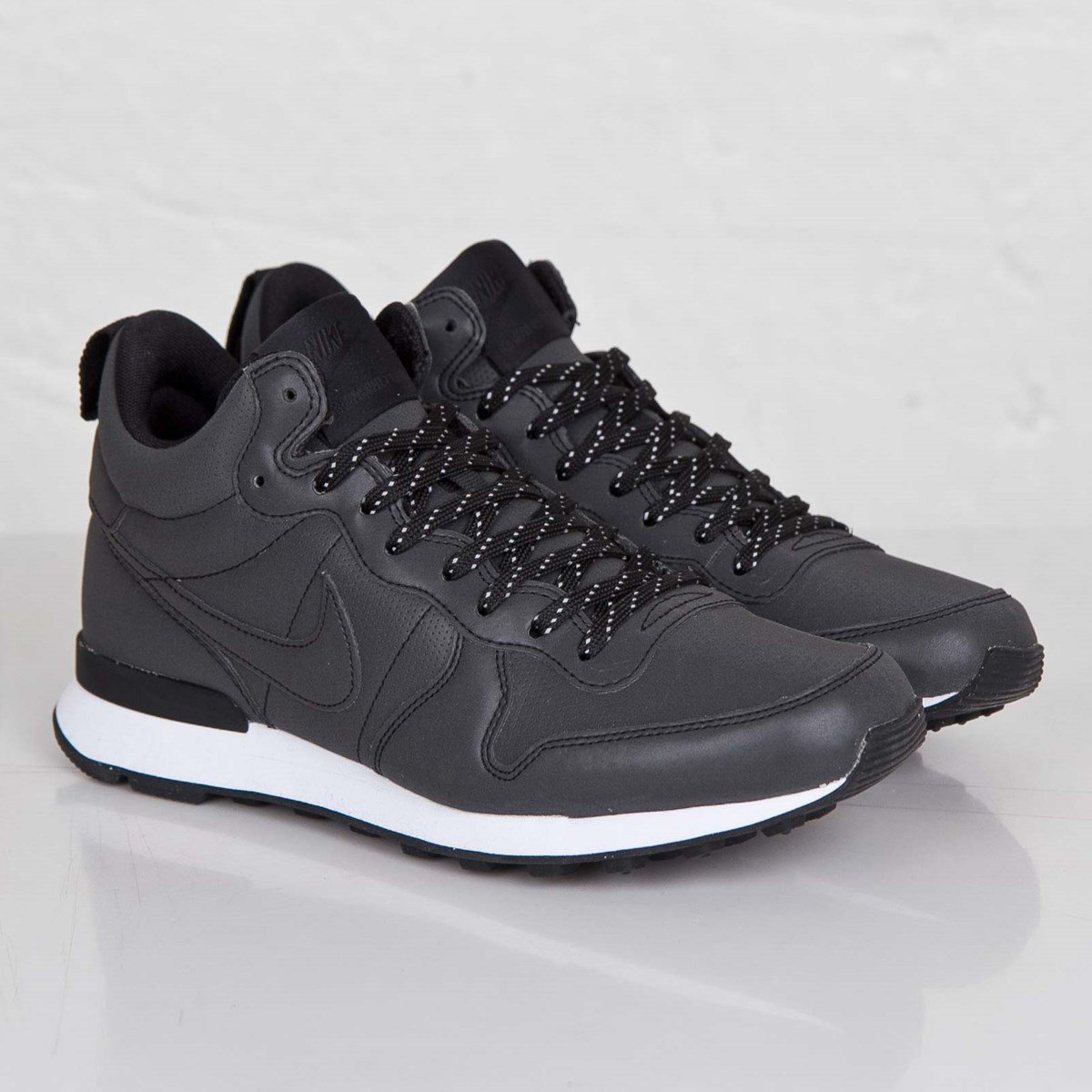 Nike Internationalist Mid Premium - 682843-001 - SNS   sneakers & streetwear online since 1999
