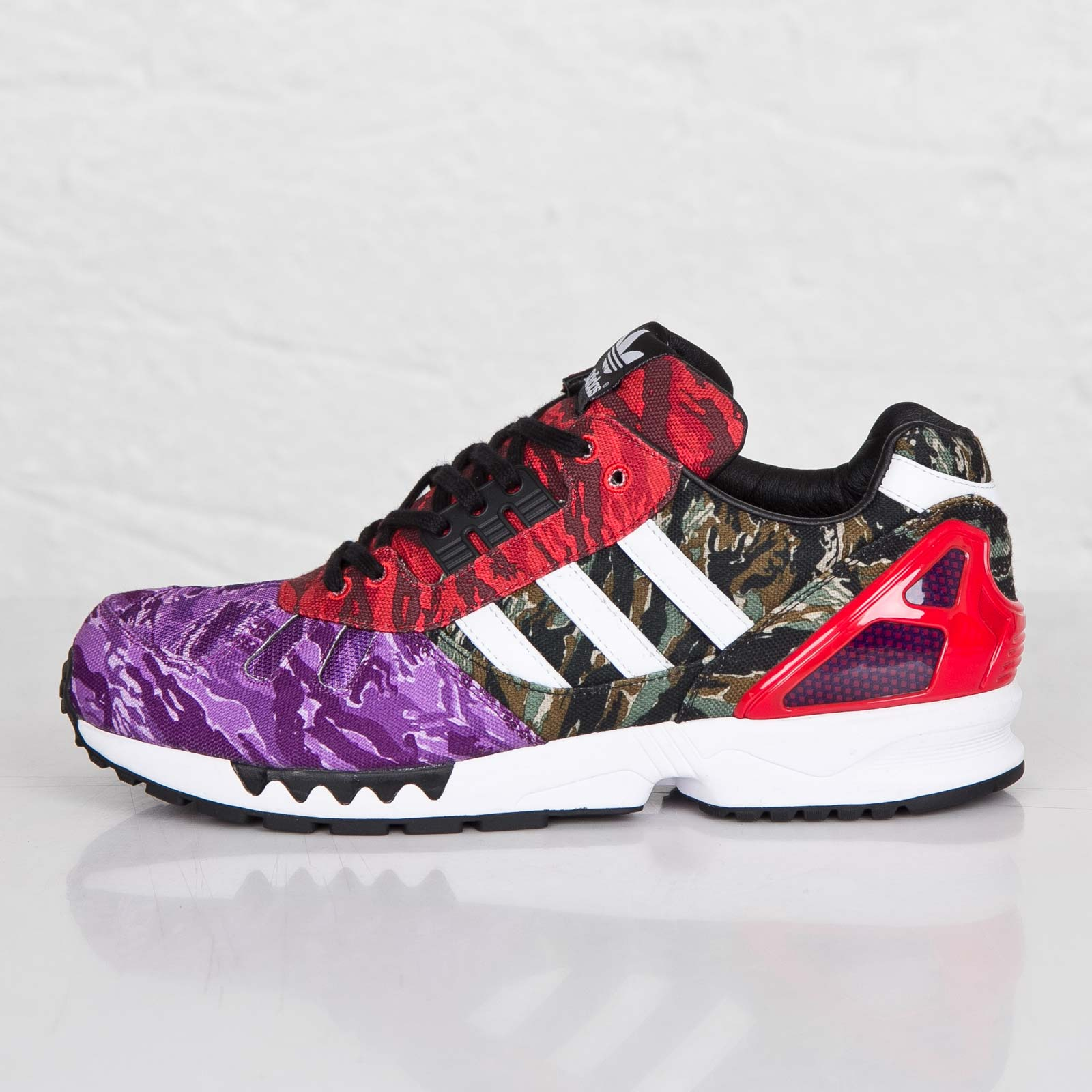 ce5b3755a adidas ZX 7000 - Blvck Scale - B34943 - Sneakersnstuff