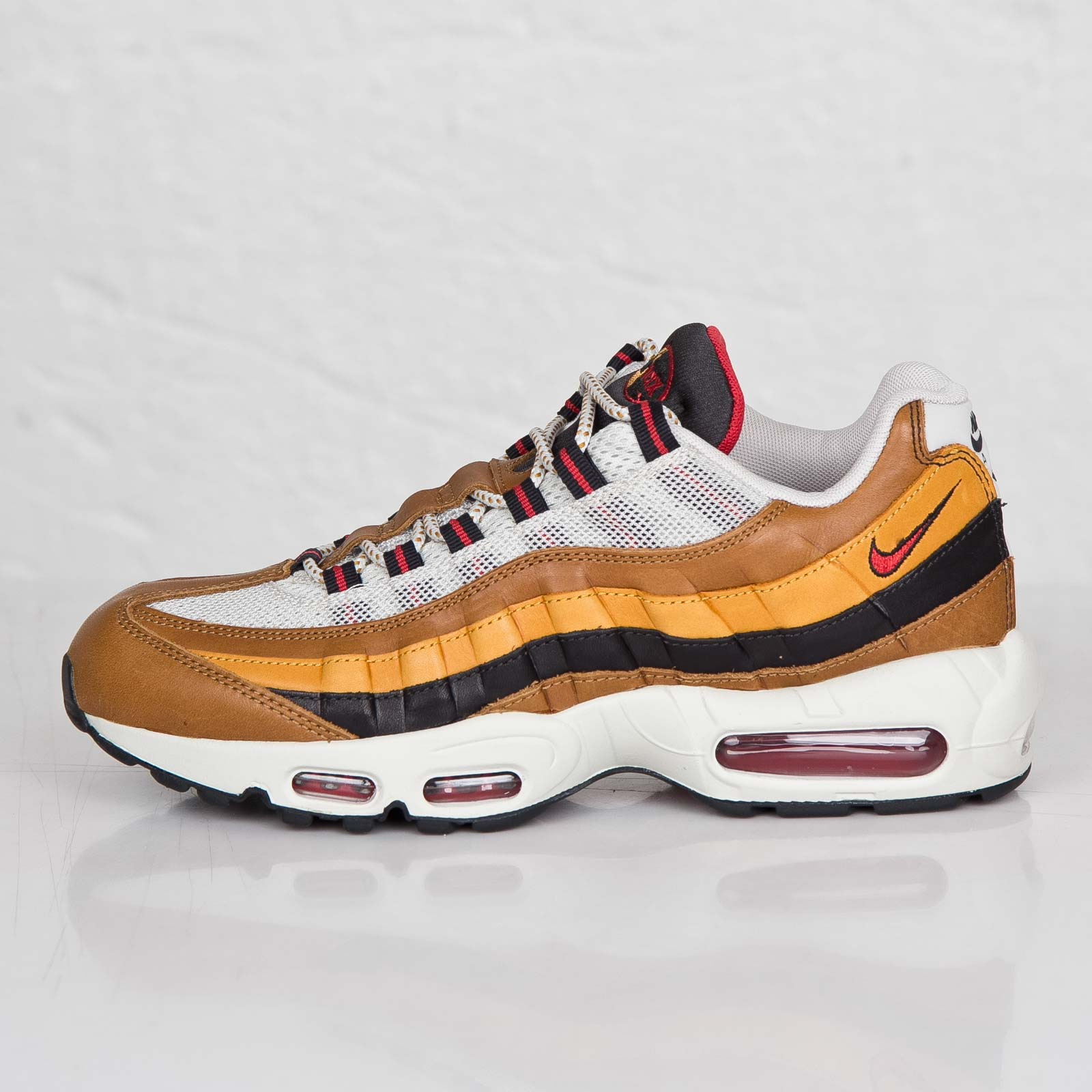 save off cef8b f43e6 Nike Air Max 95 Escape QS - 718731-200 - Sneakersnstuff   sneakers    streetwear online since 1999