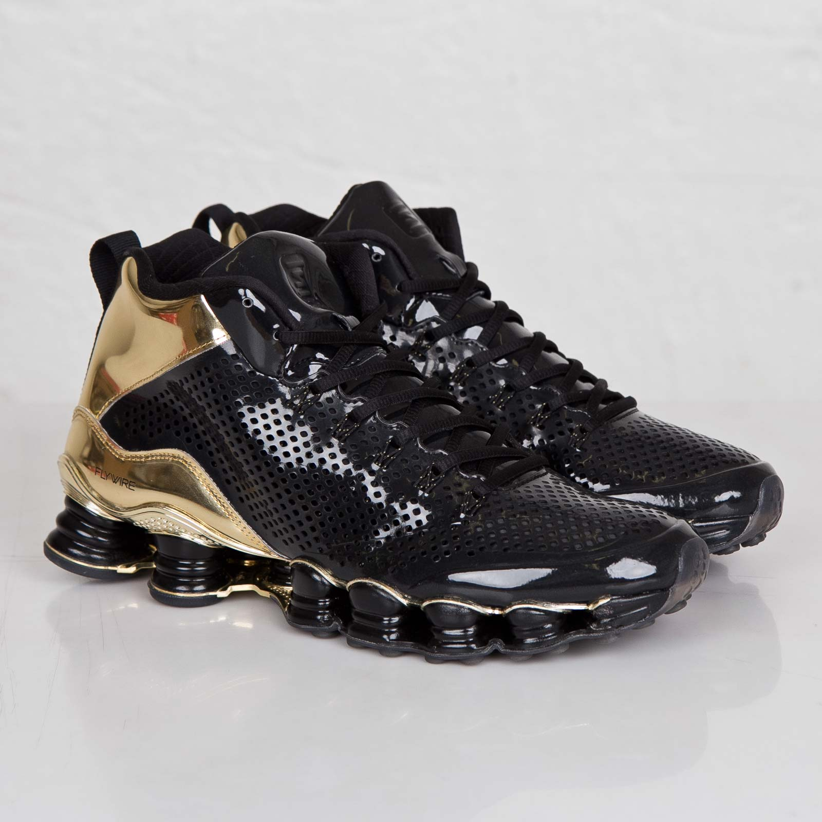 official photos 9e78b c7fdf Nike Shox TLX Mid SP - 677737-002 - Sneakersnstuff | sneakers ...