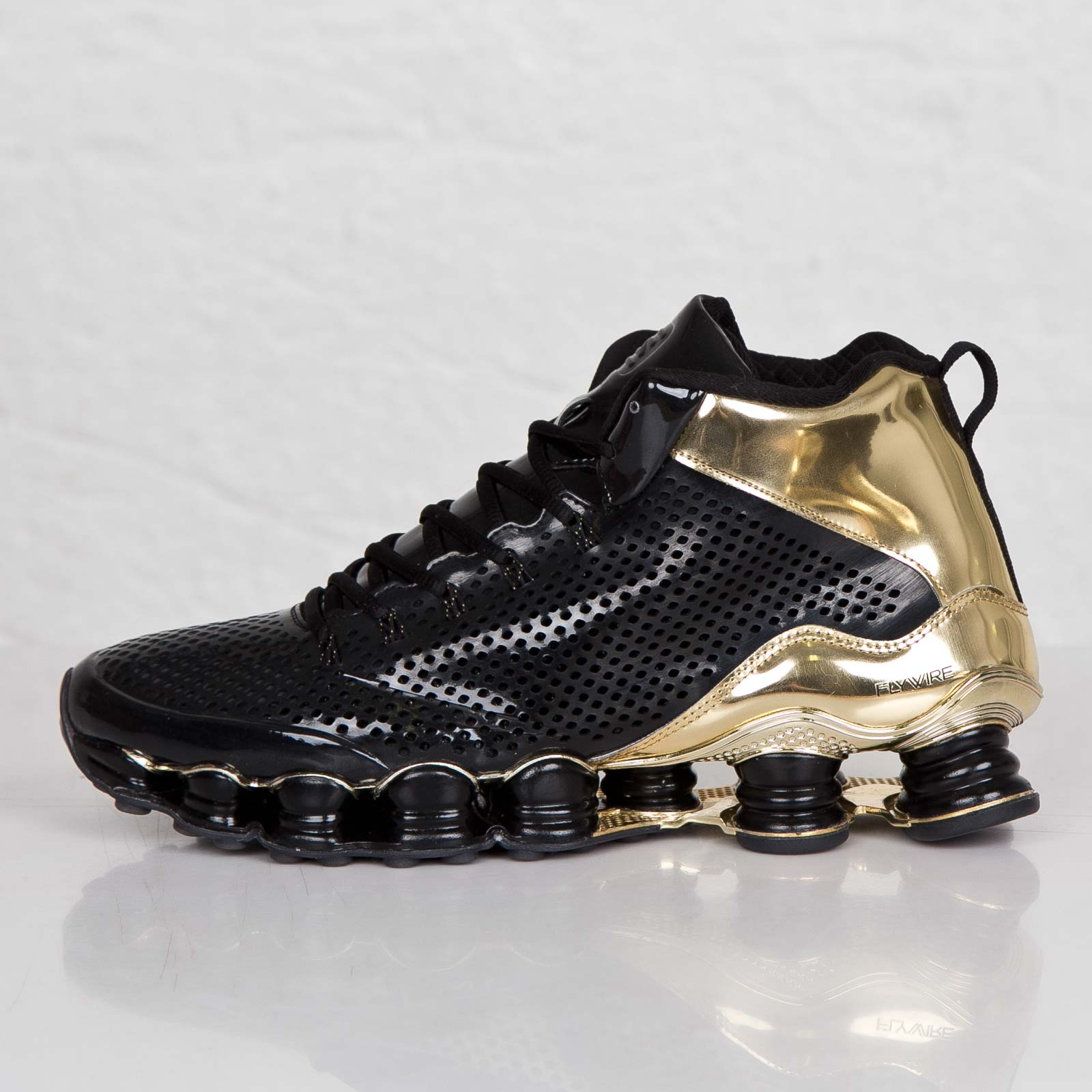 newest collection 3be9a 212fe Nike Shox TLX Mid SP - 677737-002 - Sneakersnstuff ...