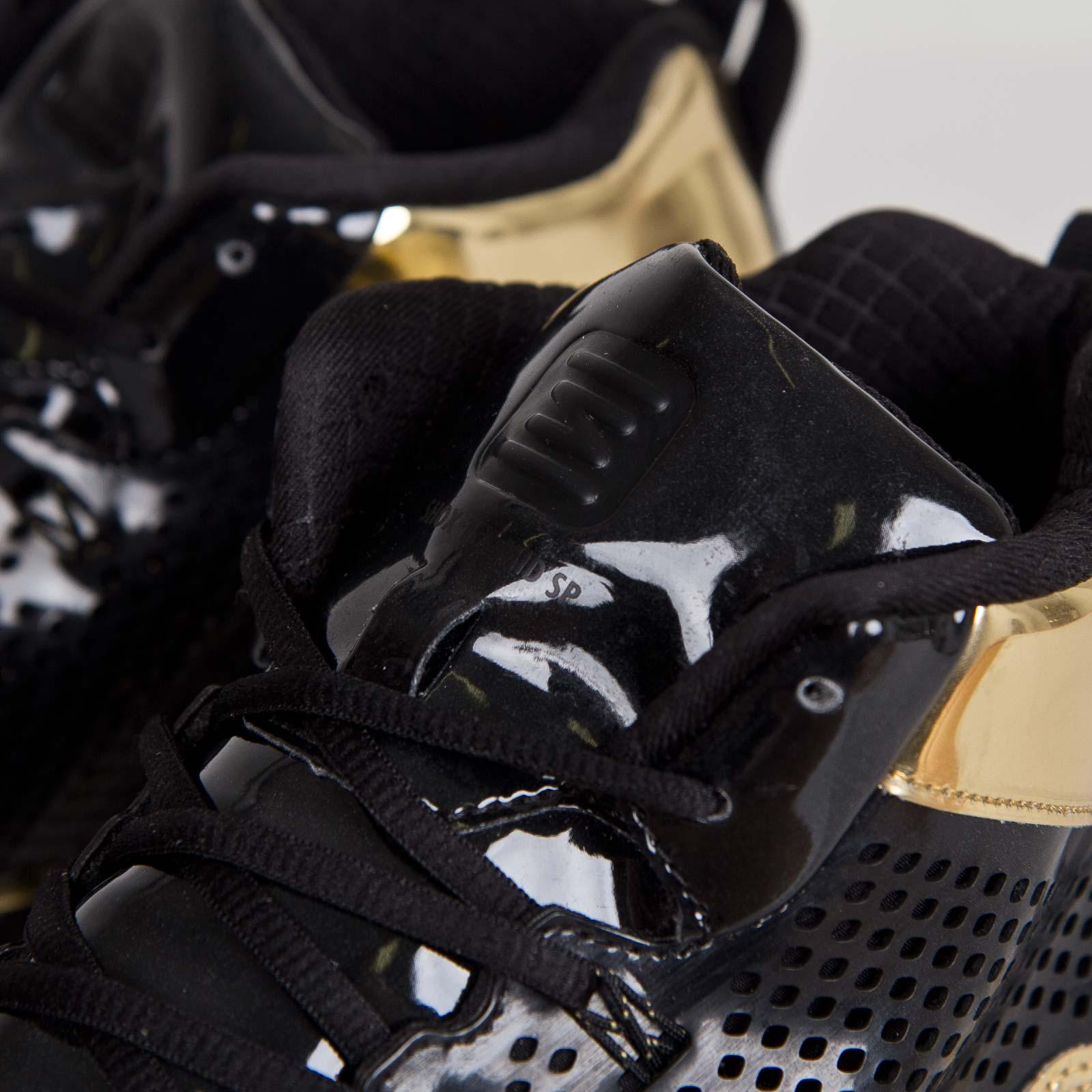 2e7fee5b60146 Nike Shox TLX Mid SP - 677737-002 - Sneakersnstuff
