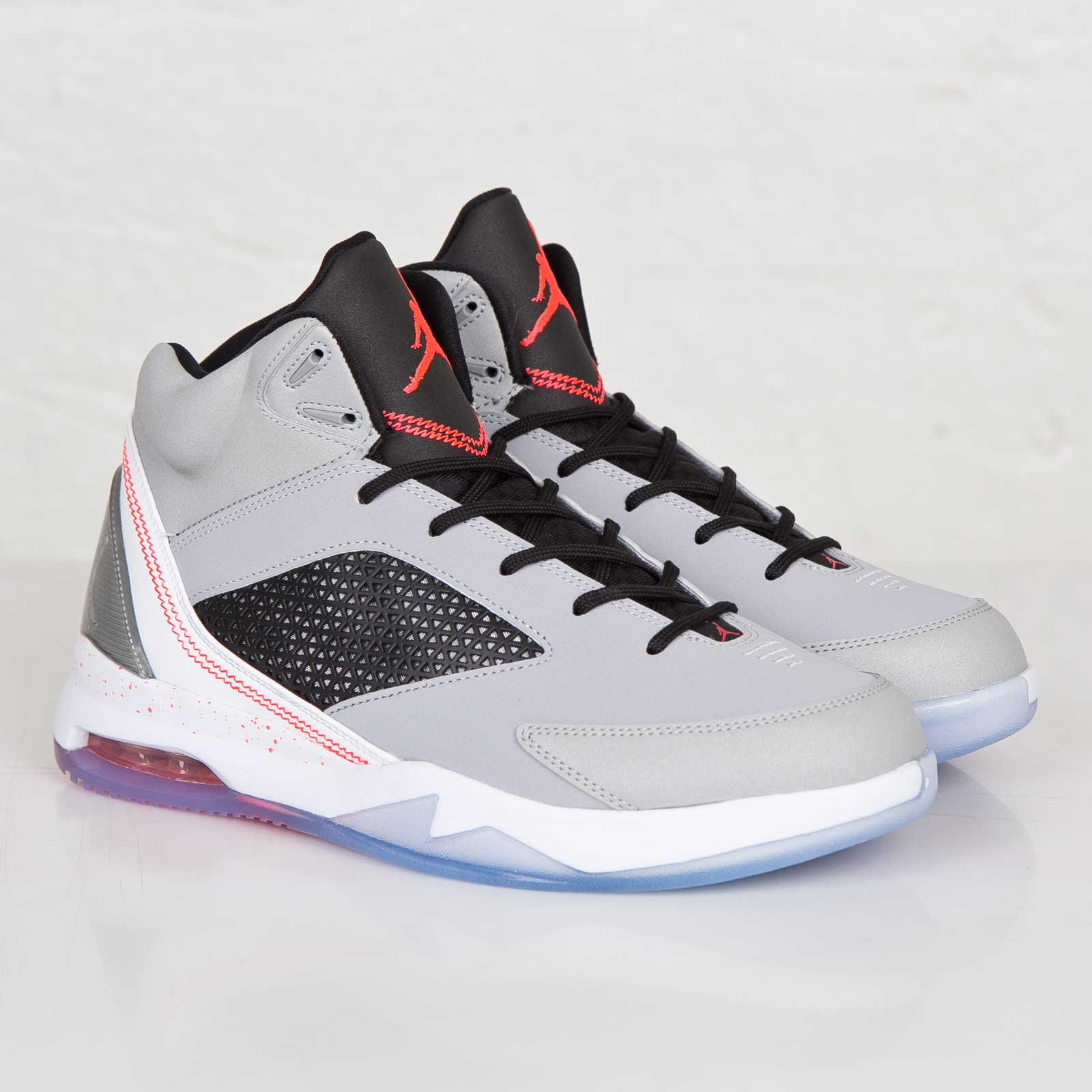 40ad8b9ea1ce Jordan Brand Air Jordan Flight Remix - 679680-060 - Sneakersnstuff ...