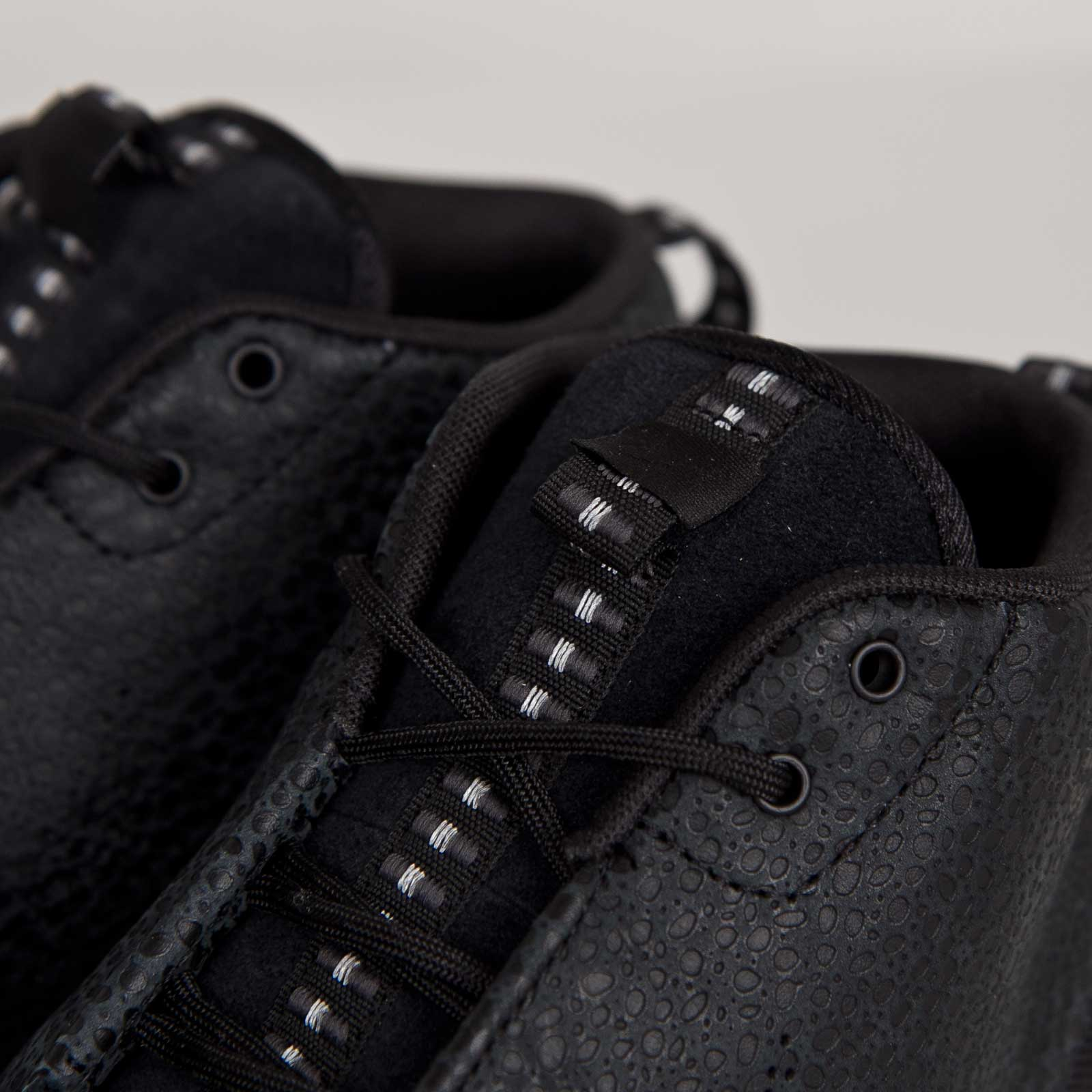 Nike Rosherun NM Sneakerboot SAF Black