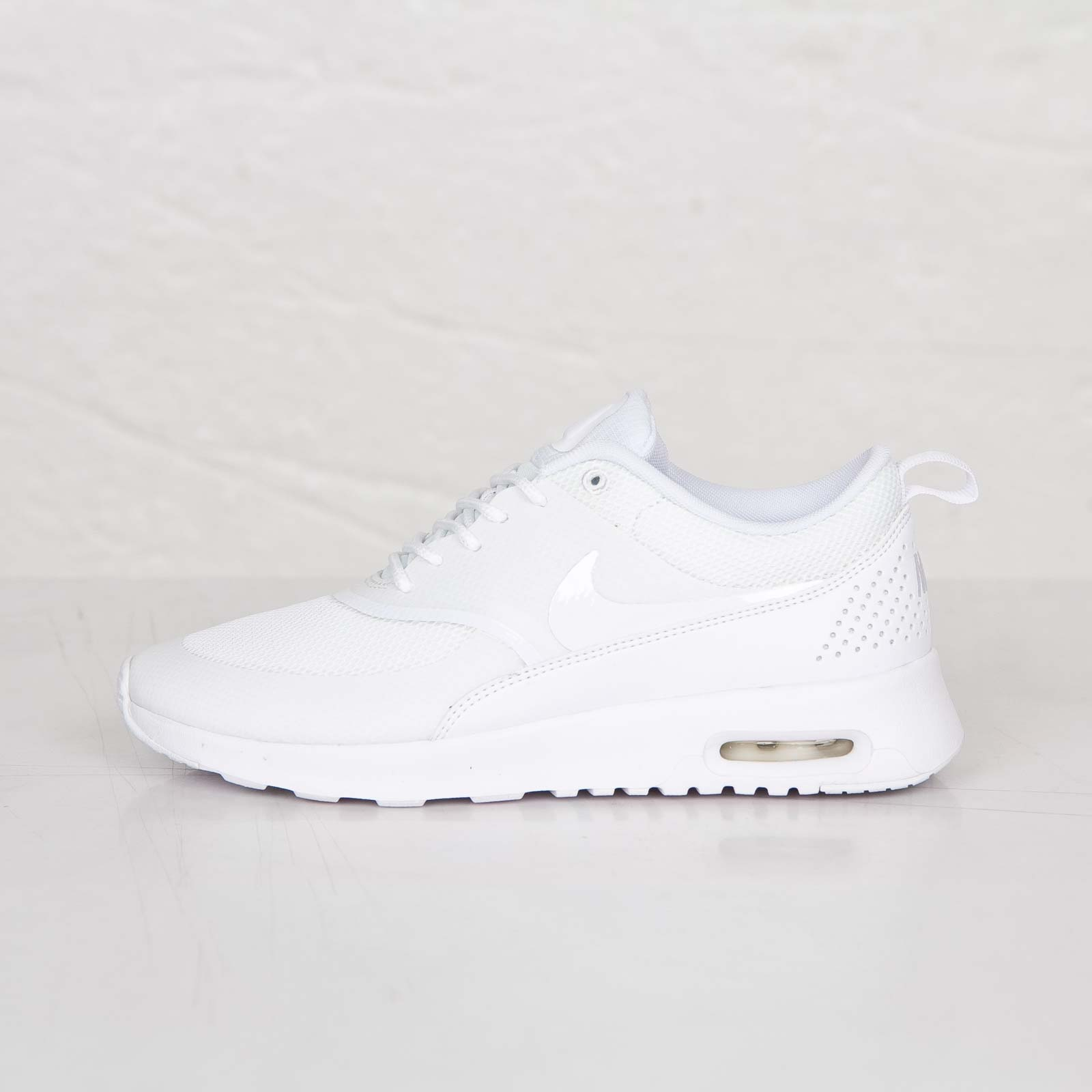 competitive price 34f82 8afcd Nike Wmns Air Max Thea - 599409-101 - Sneakersnstuff   sneakers    streetwear online since 1999