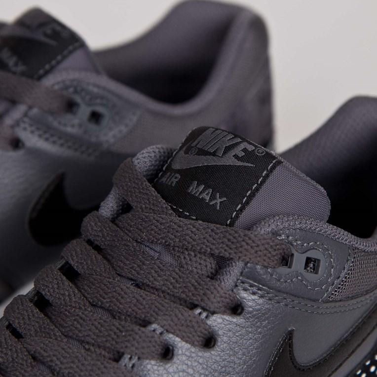 Nike Air Max Axis SchwarzNeonGrau |