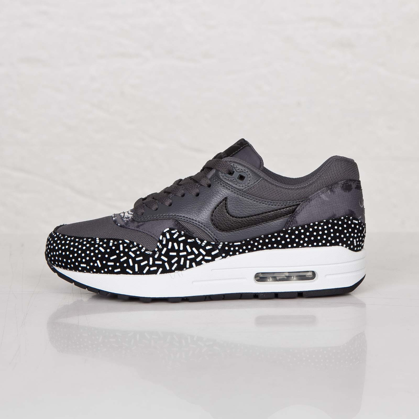 Nike Wmns Air Max 1 Print 528898 001 Sneakersnstuff