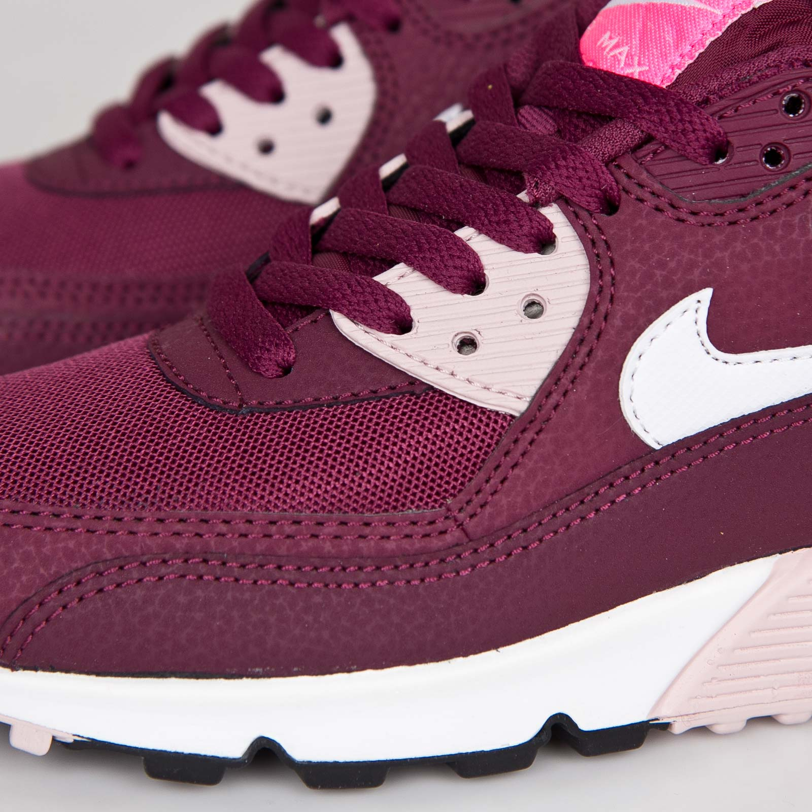 Nike Wmns Air Max 90 Essential Villain Red Pink Pow