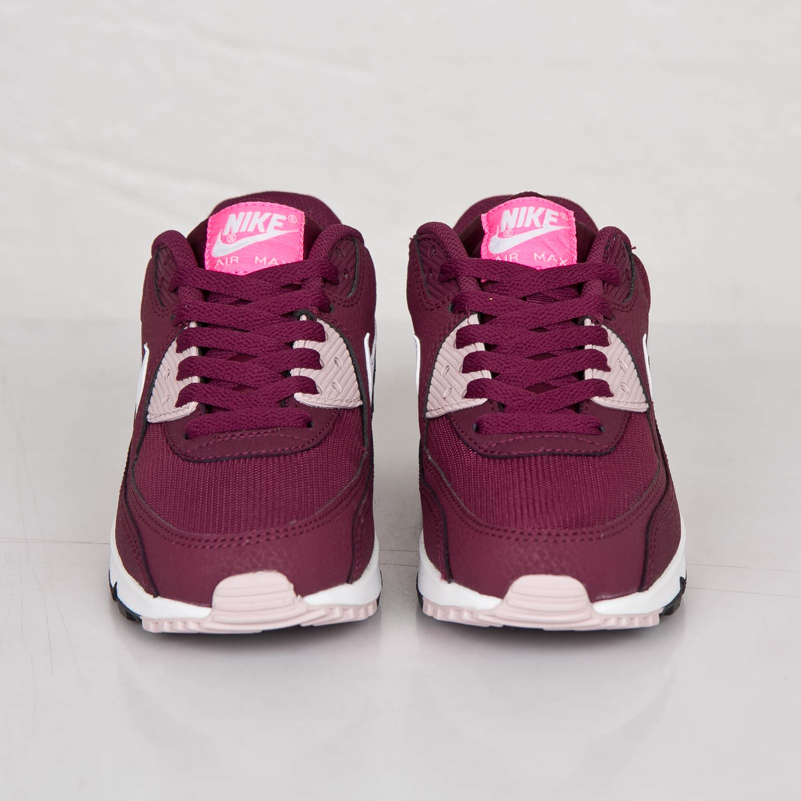 3a178e87b202e Nike Wmns Air Max 90 Essential - 616730-600 - Sneakersnstuff | sneakers &  streetwear online since 1999