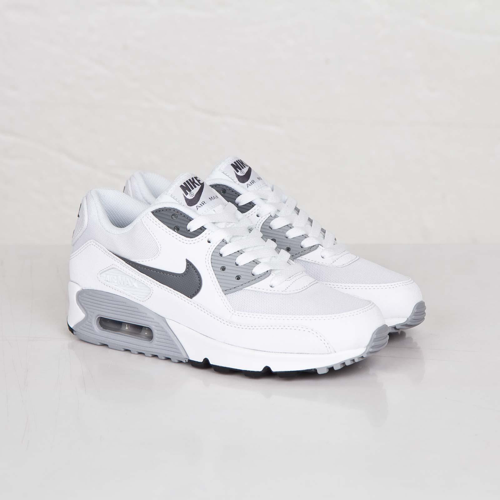 Nike Wmns Air Max 90 Essential 616730 108 Sneakersnstuff