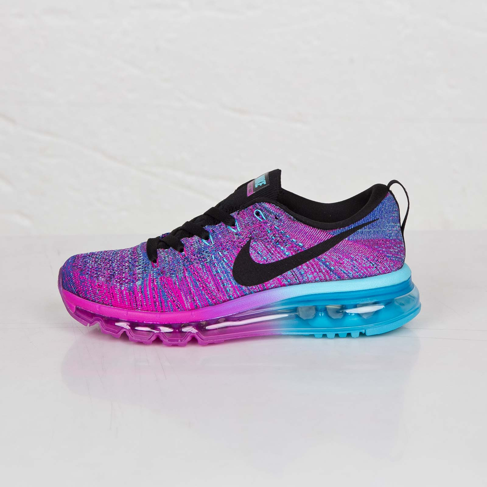 c6558d24e2289c Nike Wmns Flyknit Max - 620659-502 - Sneakersnstuff