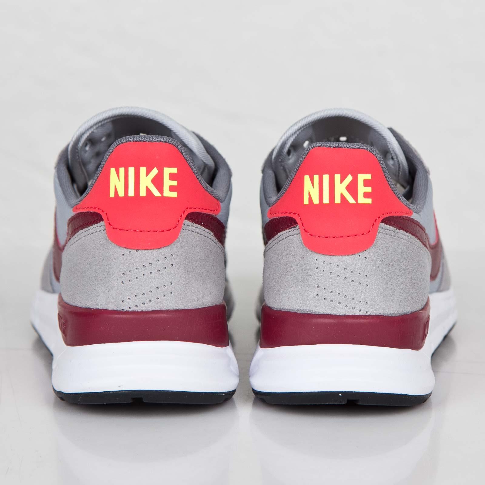 online store 7f7ec 19d6f Nike Lunar Internationalist - 631731-006 - Sneakersnstuff   sneakers    streetwear online since 1999