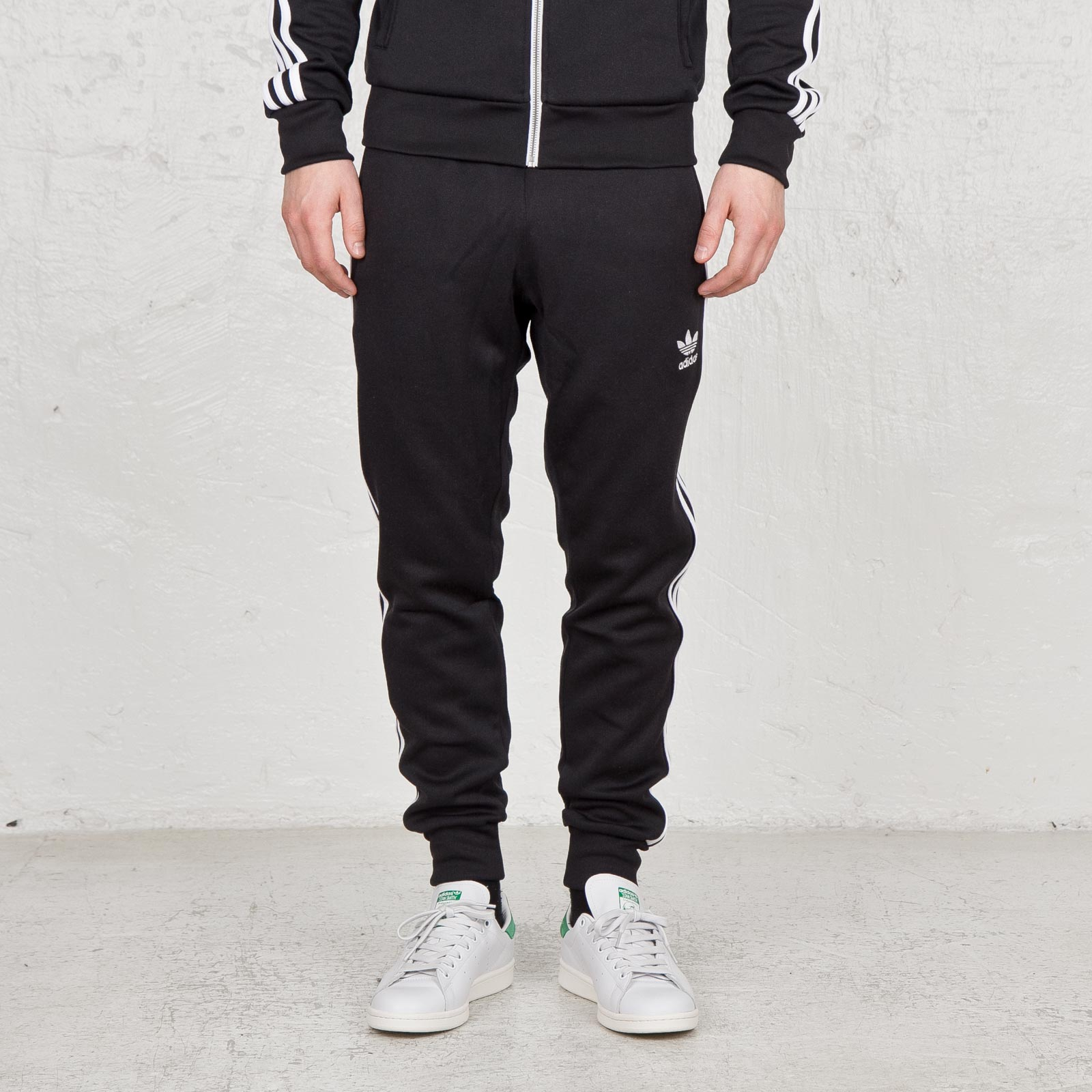 Adidas Superstar esposado TRACK PANT s89369 sneakersnstuff