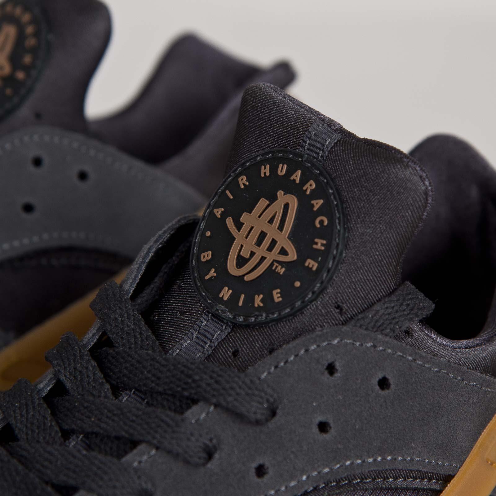 mantequilla Nacarado donde quiera  Nike Air Huarache - 318429-090 - Sneakersnstuff | sneakers & streetwear  online since 1999