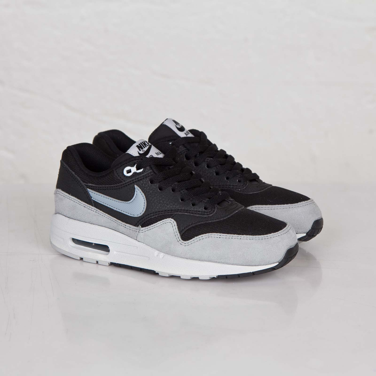 best authentic 399e7 26356 Nike Wmns Air Max 1 Essential