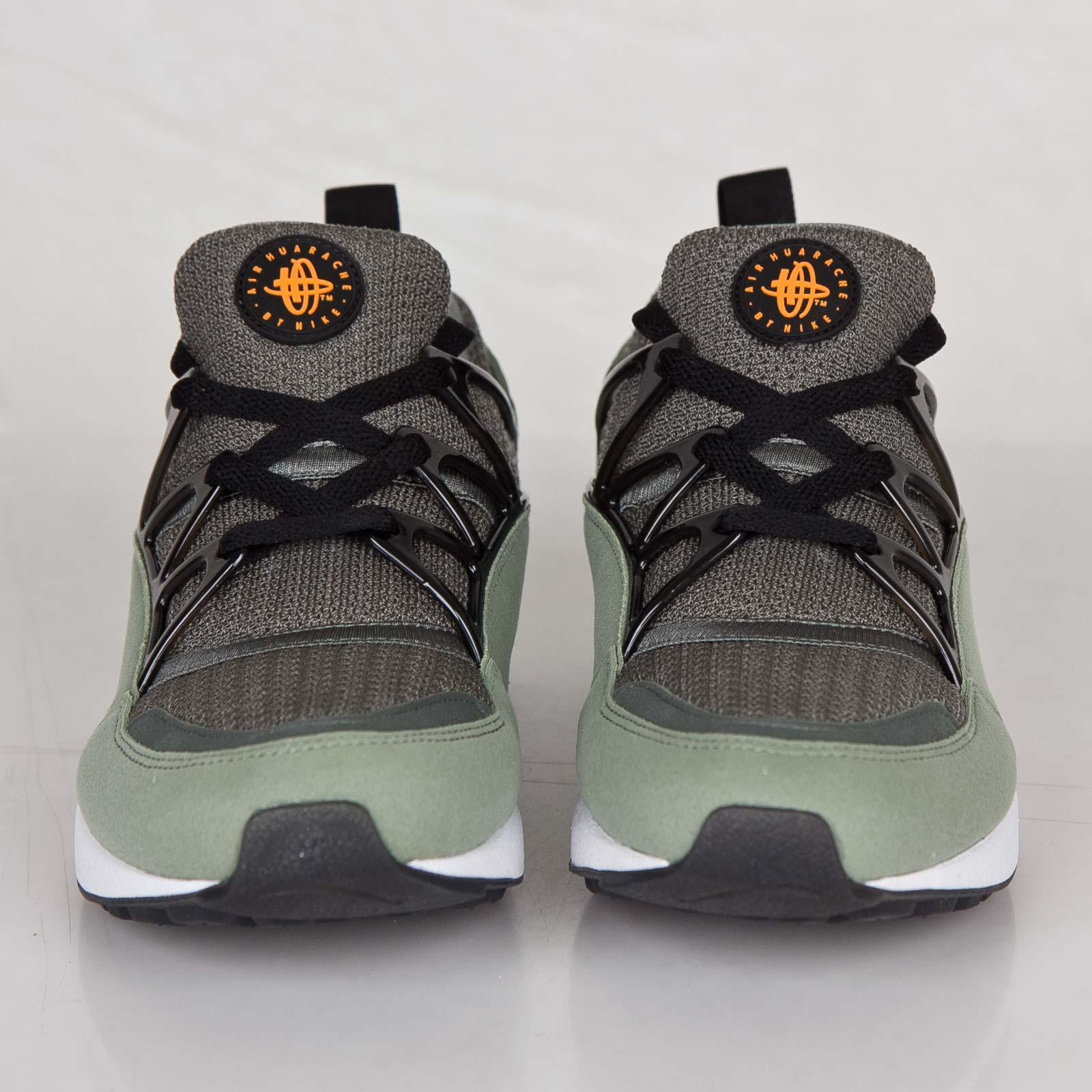 pretty nice 2df28 78cf0 Nike Air Huarache Light - 306127-380 - Sneakersnstuff   sneakers    streetwear online since 1999