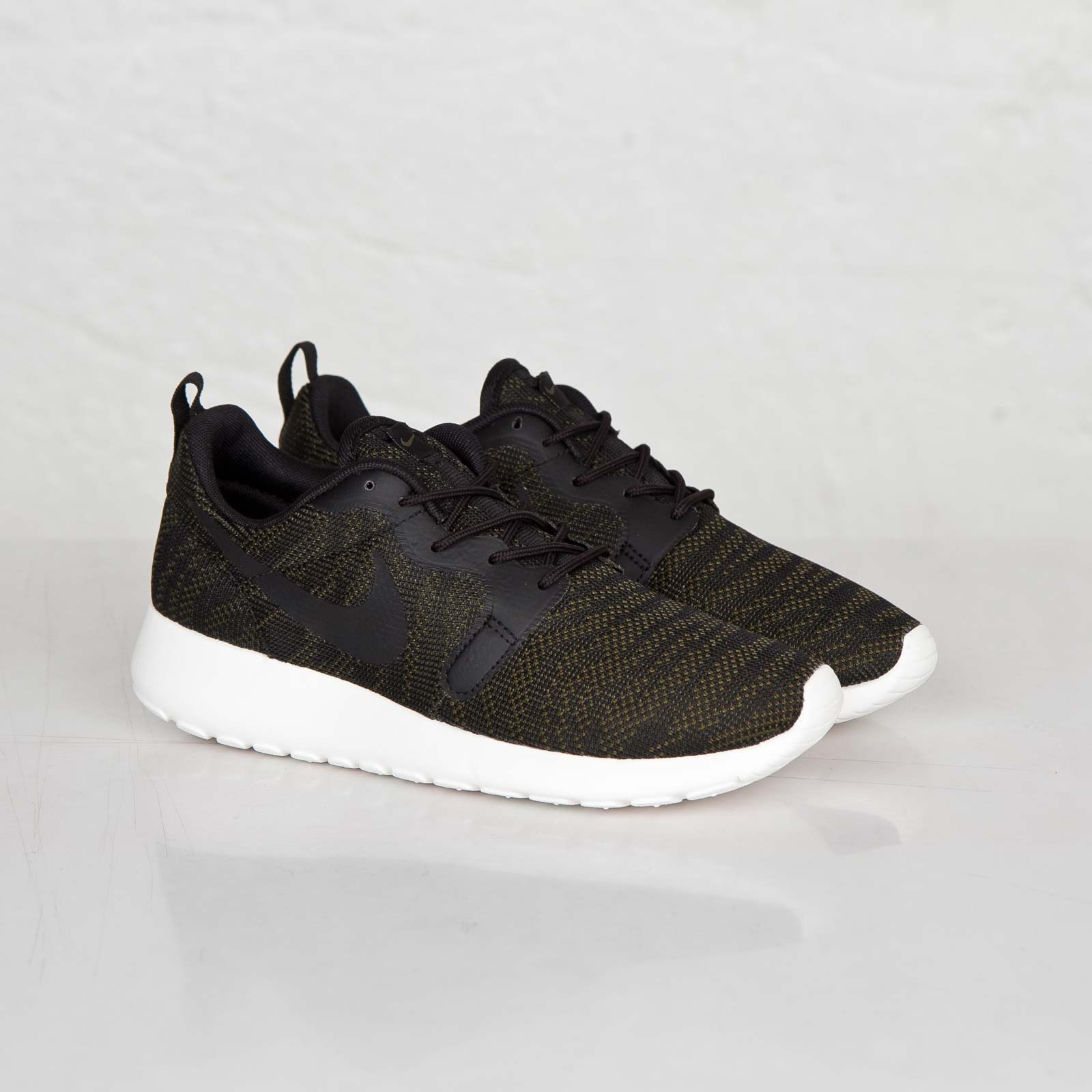 Nike Wmns Roshe Run Jacquard (Olive) | Sneakers