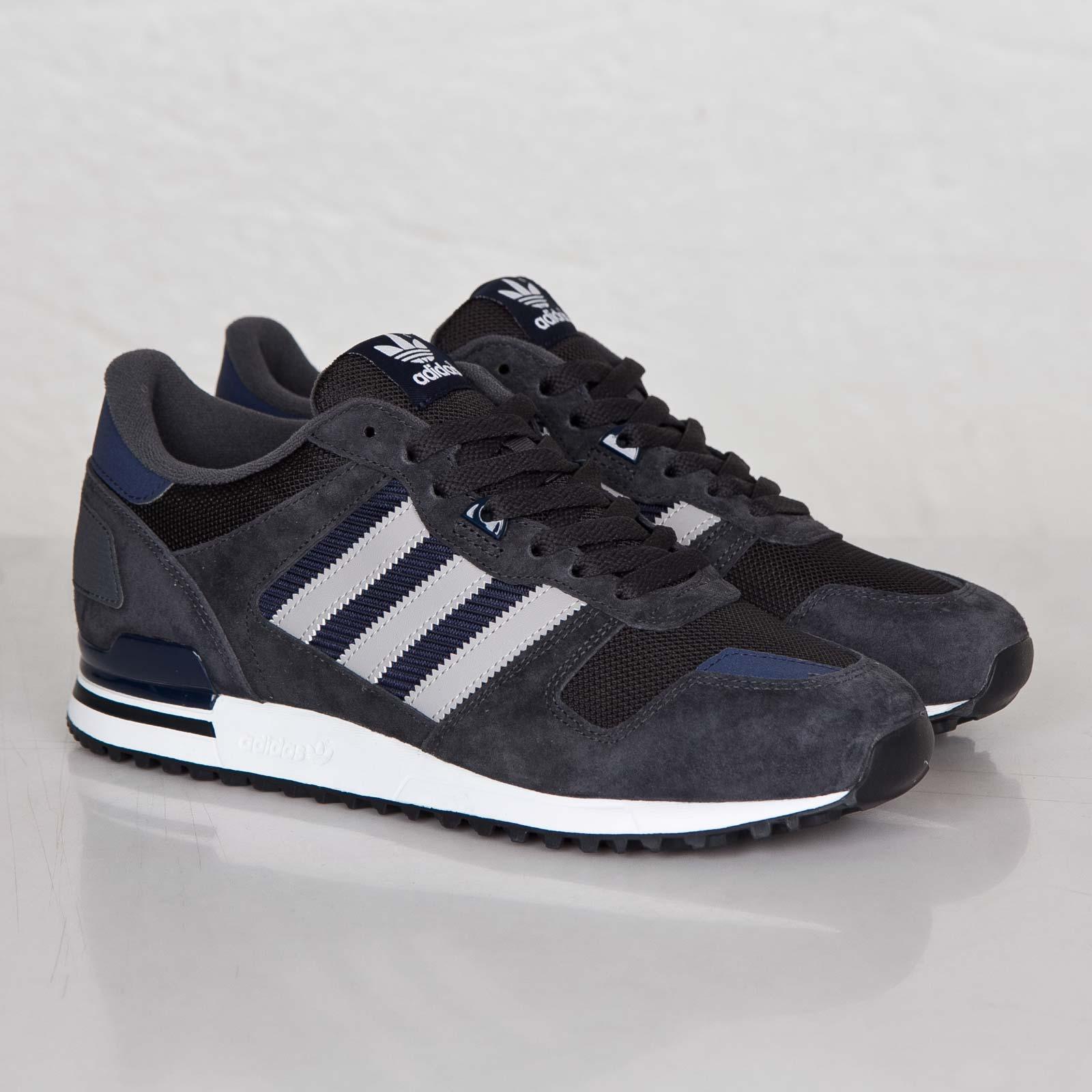 wholesale dealer b0b51 22d99 adidas ZX 700 - M19391 - Sneakersnstuff   sneakers   streetwear ...