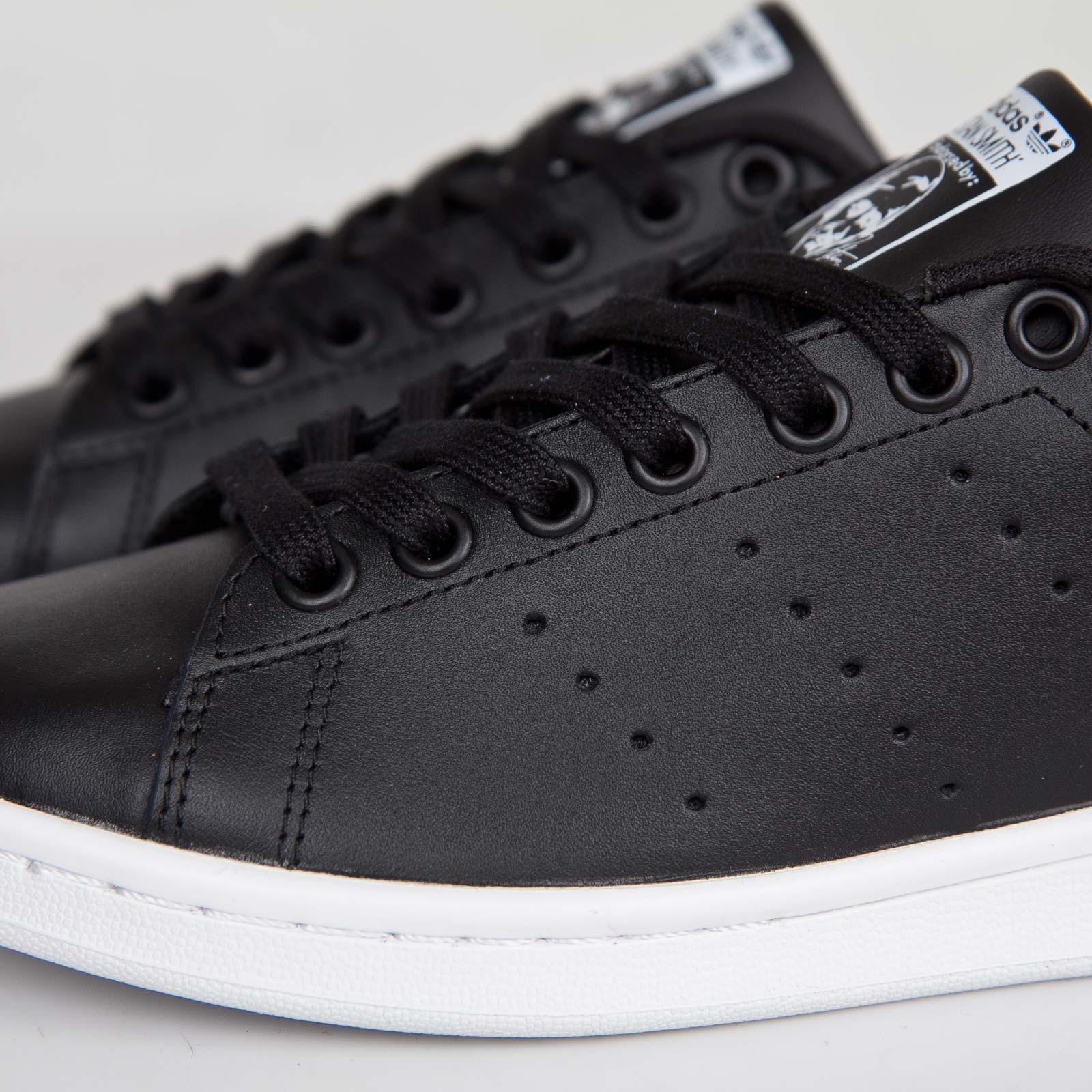 adidas svarta sneakers dam