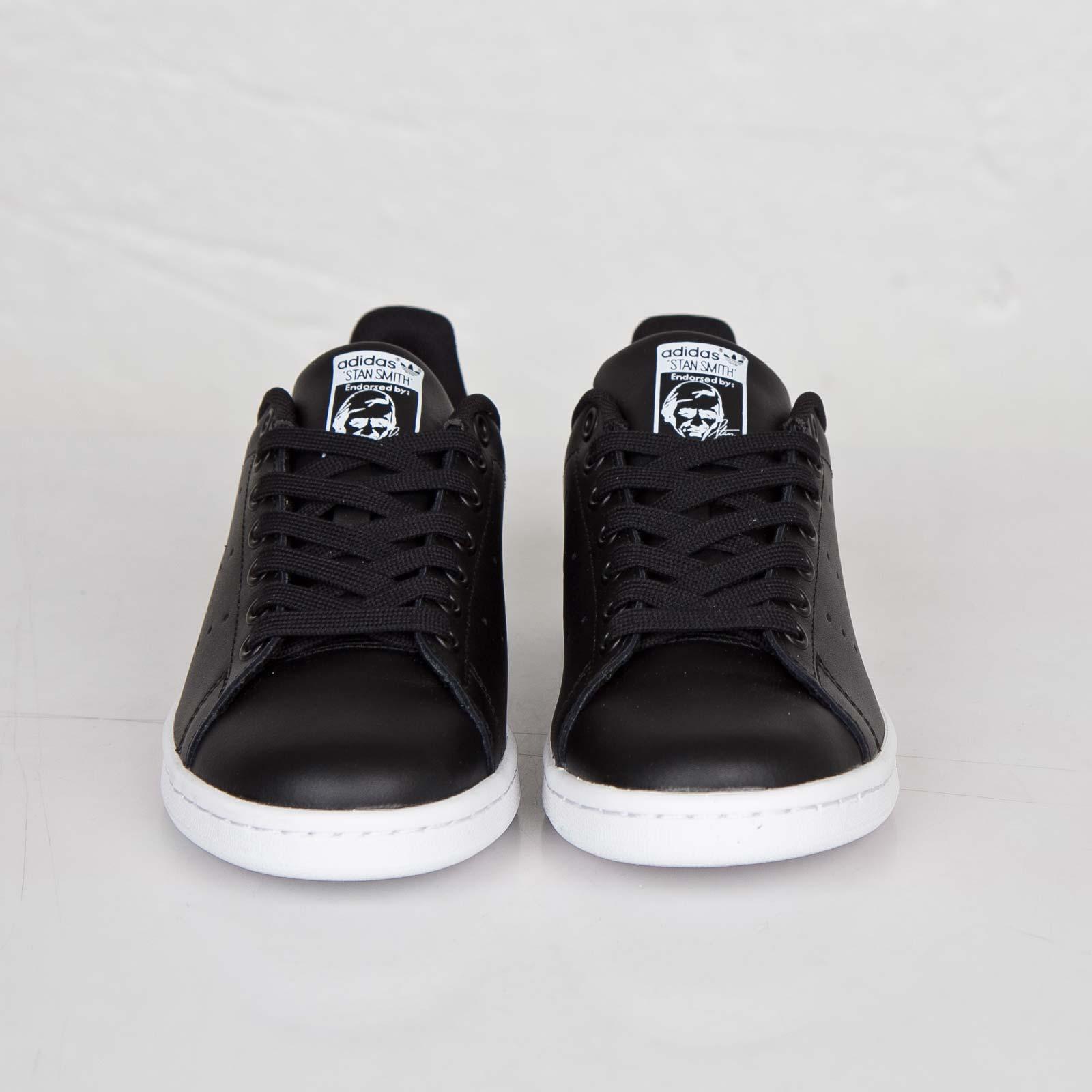 stan smith adidas negras