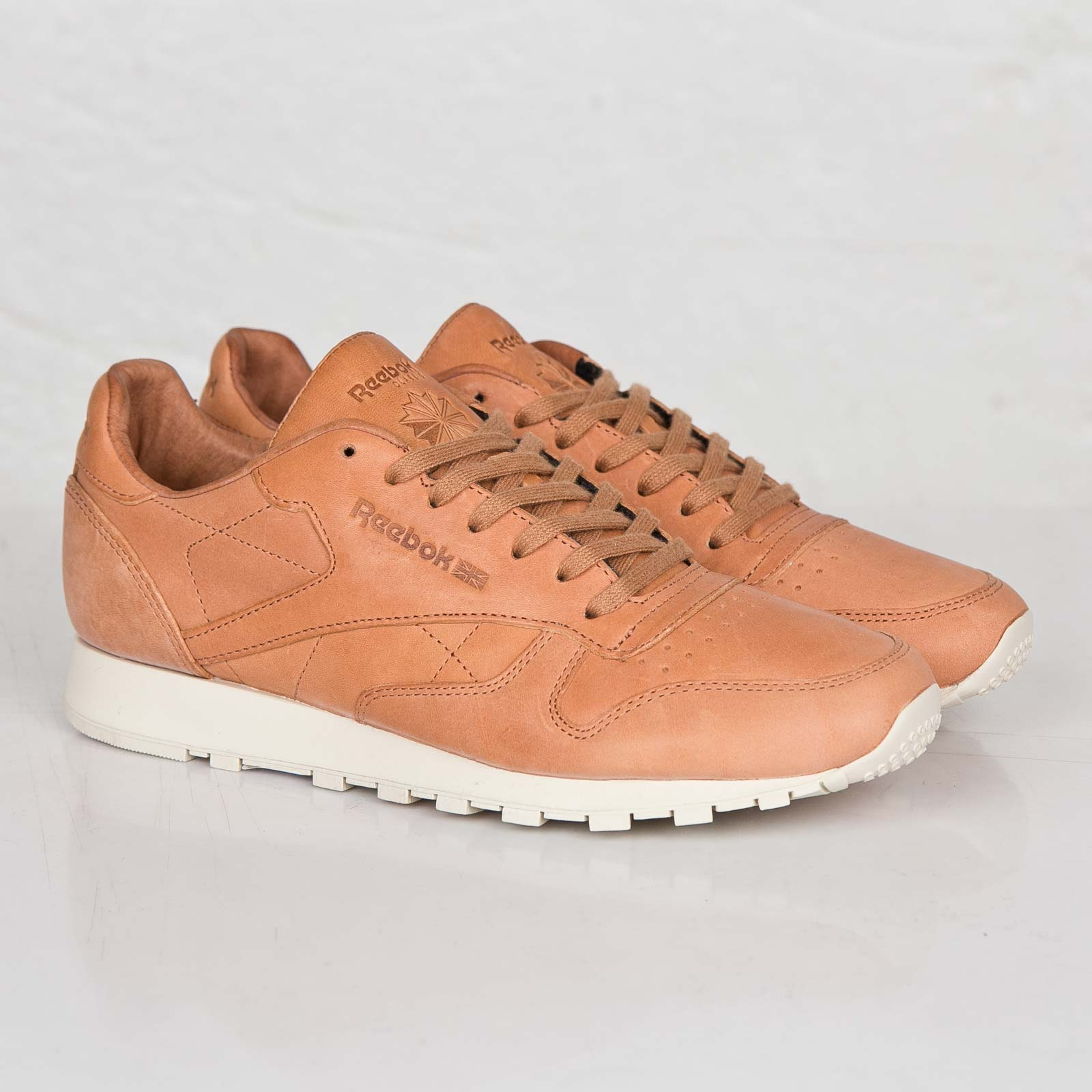 1d335d928863d Reebok Classic Leather Lux Horween - M47441 - Sneakersnstuff ...