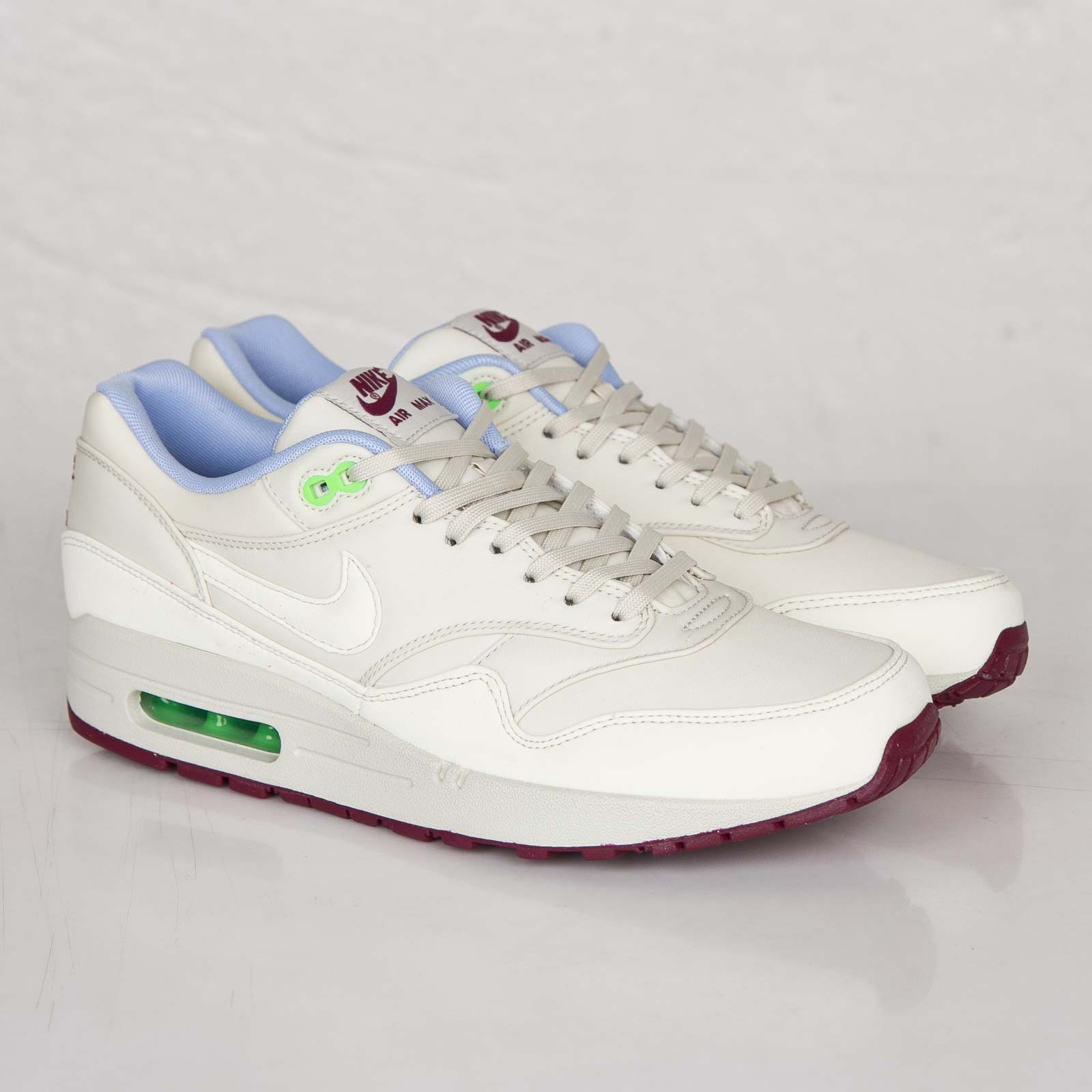 super popular 372b7 d35aa Nike Air Max 1 FB