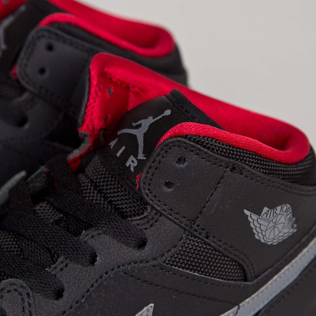 Jordan Brand Air Jordan 1 Mid (GS) 554725 034