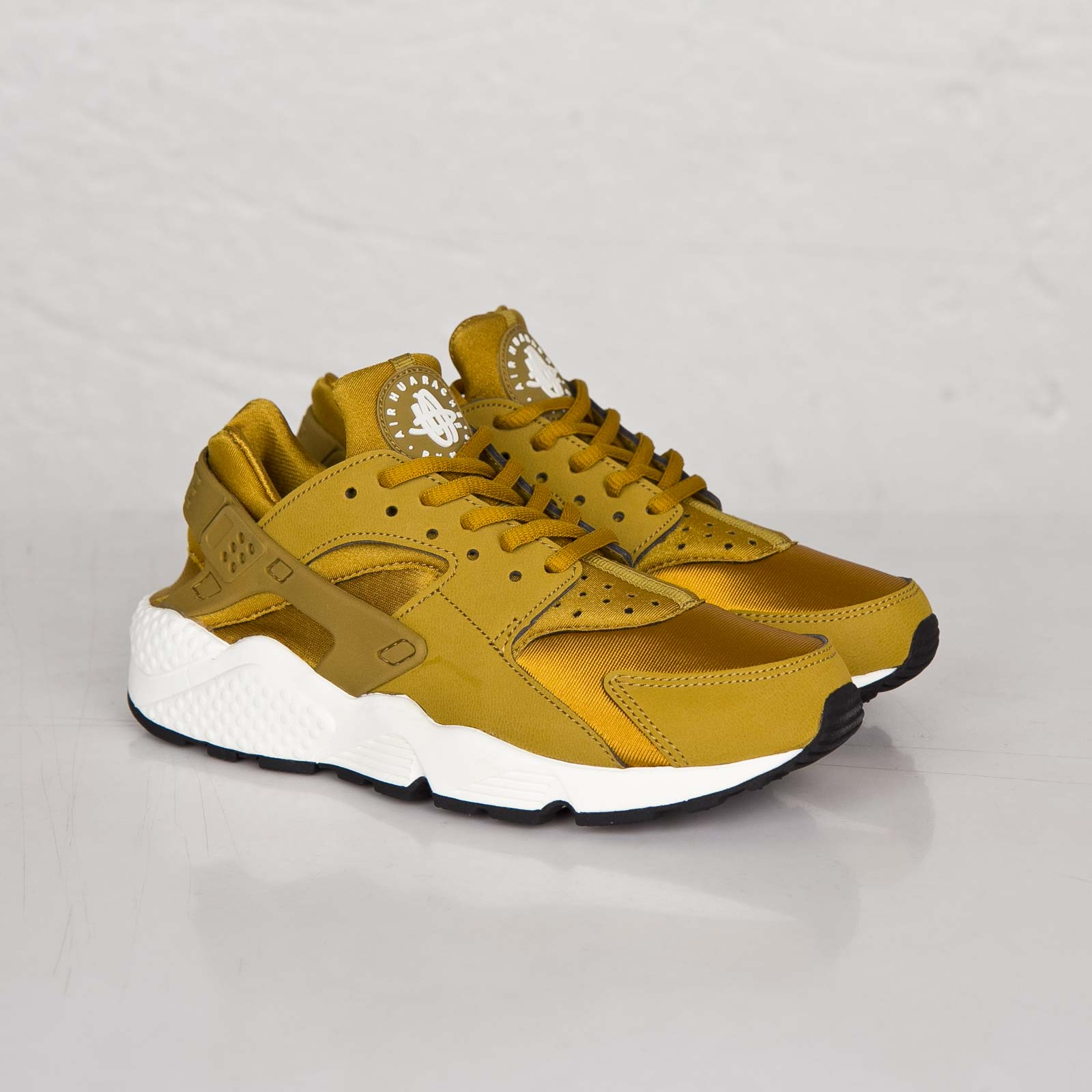 finest selection 70528 4a8fd Nike Wmns Air Huarache Run