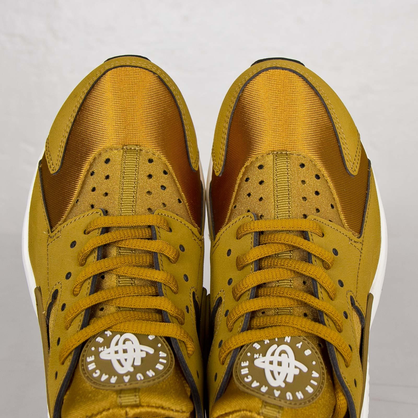 los angeles 1acfe 92d64 Nike Wmns Air Huarache Run - 634835-700 - Sneakersnstuff   sneakers    streetwear online since 1999