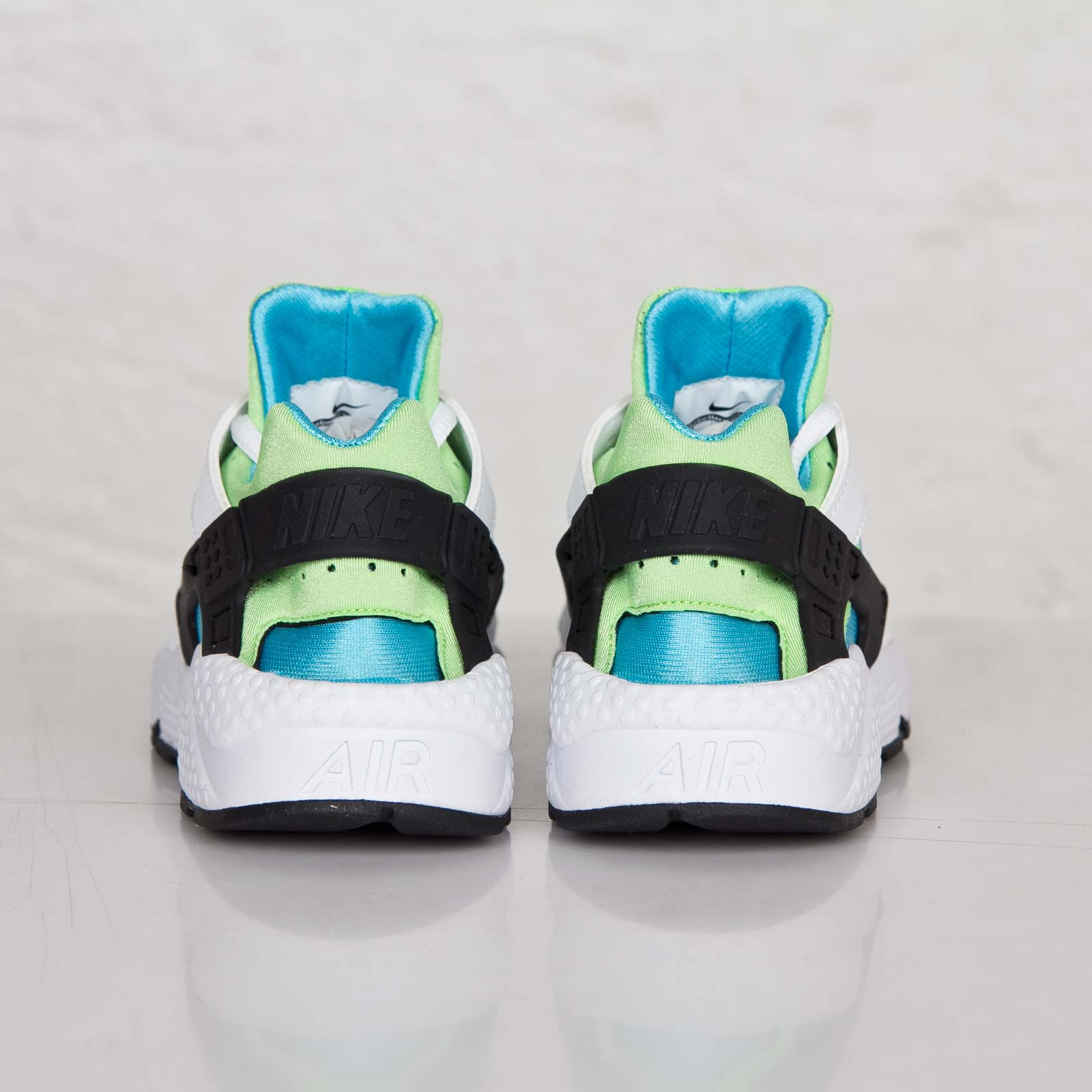 official store new release size 40 Nike Wmns Air Huarache Run - 634835-100 - Sneakersnstuff ...