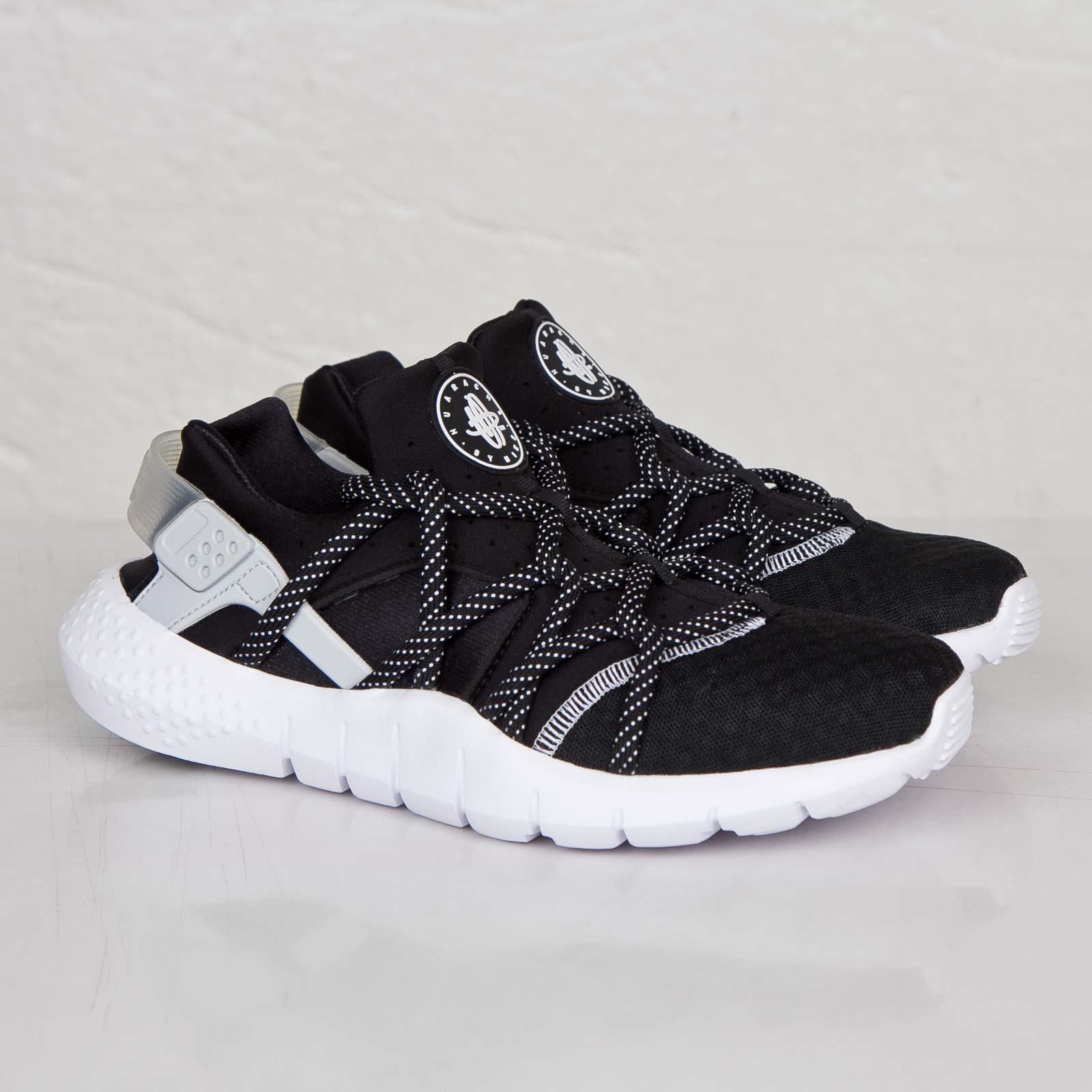 a3d10c1cb1bf6 Nike Huarache NM - 705159-001 - Sneakersnstuff