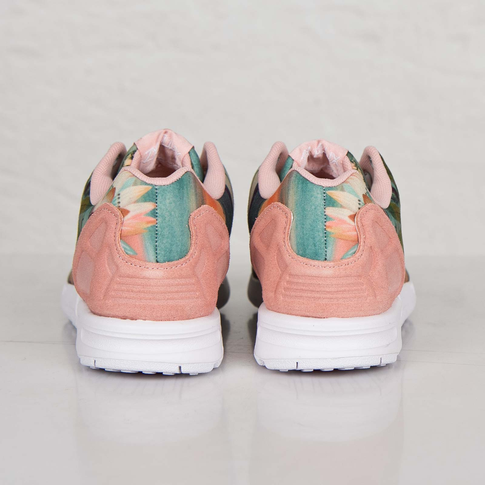 latest design speical offer skate shoes adidas ZX Flux W - B25483 - Sneakersnstuff I Sneakers ...