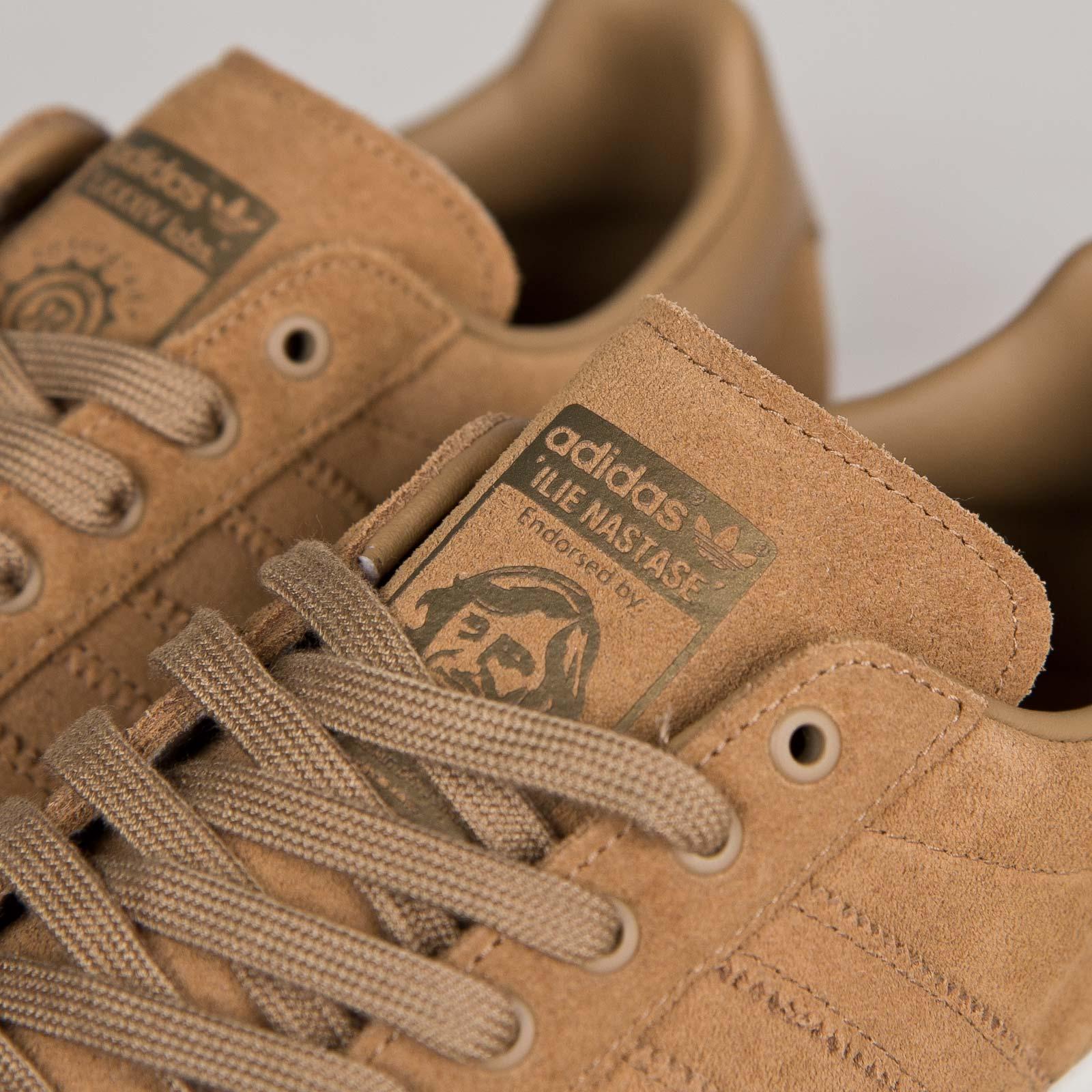B26089 sneakersnstuff zapatillas adidas Nastase 84 LAB