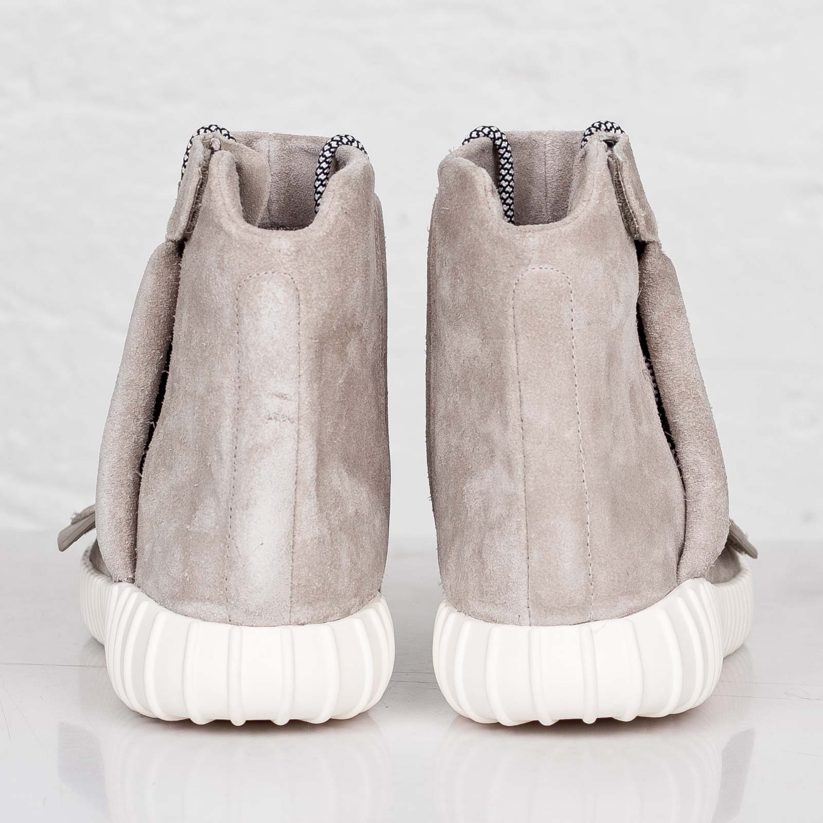 buy popular bb1f2 3ce9d ... adidas Originals x Kanye West Yeezy 750 Boost ...