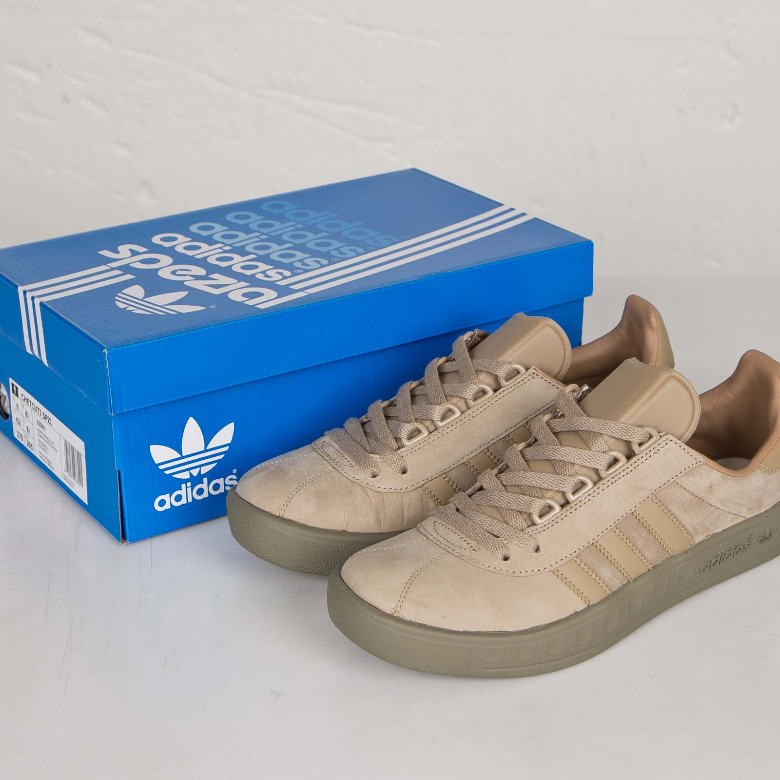 new style b0cf9 1047e ... adidas Chetcuti SPZL
